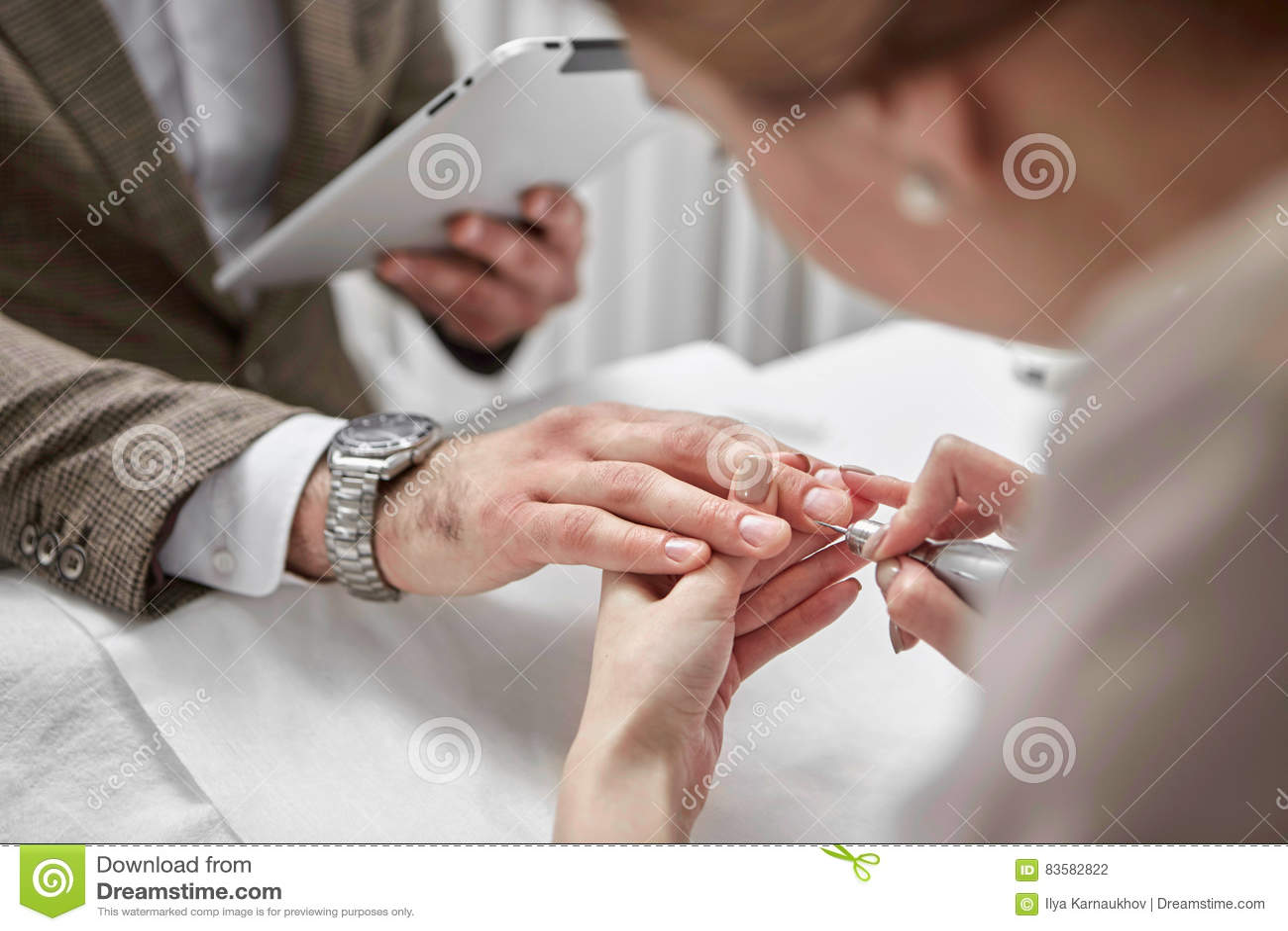 Manicure voor de mens
