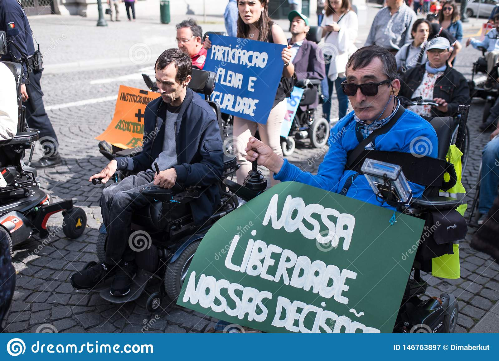 Manifest Marcha-pela Vida Independente der Marsch von den Behindertern, die Befolgung der Rechte verlangen