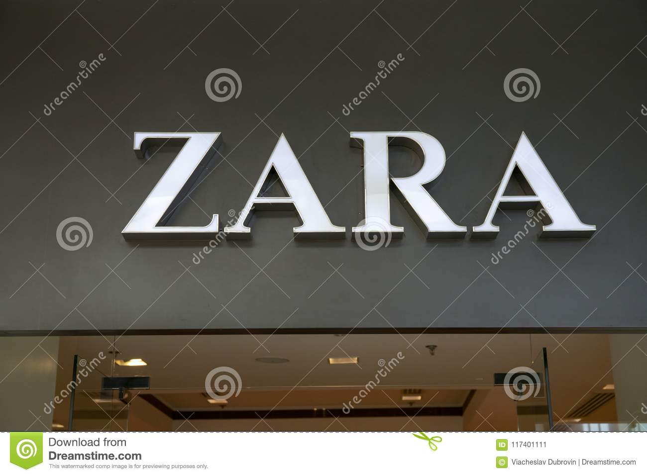 Manila 22 March 2018 Zara Brand Name On Store Entrance In Sm Mall