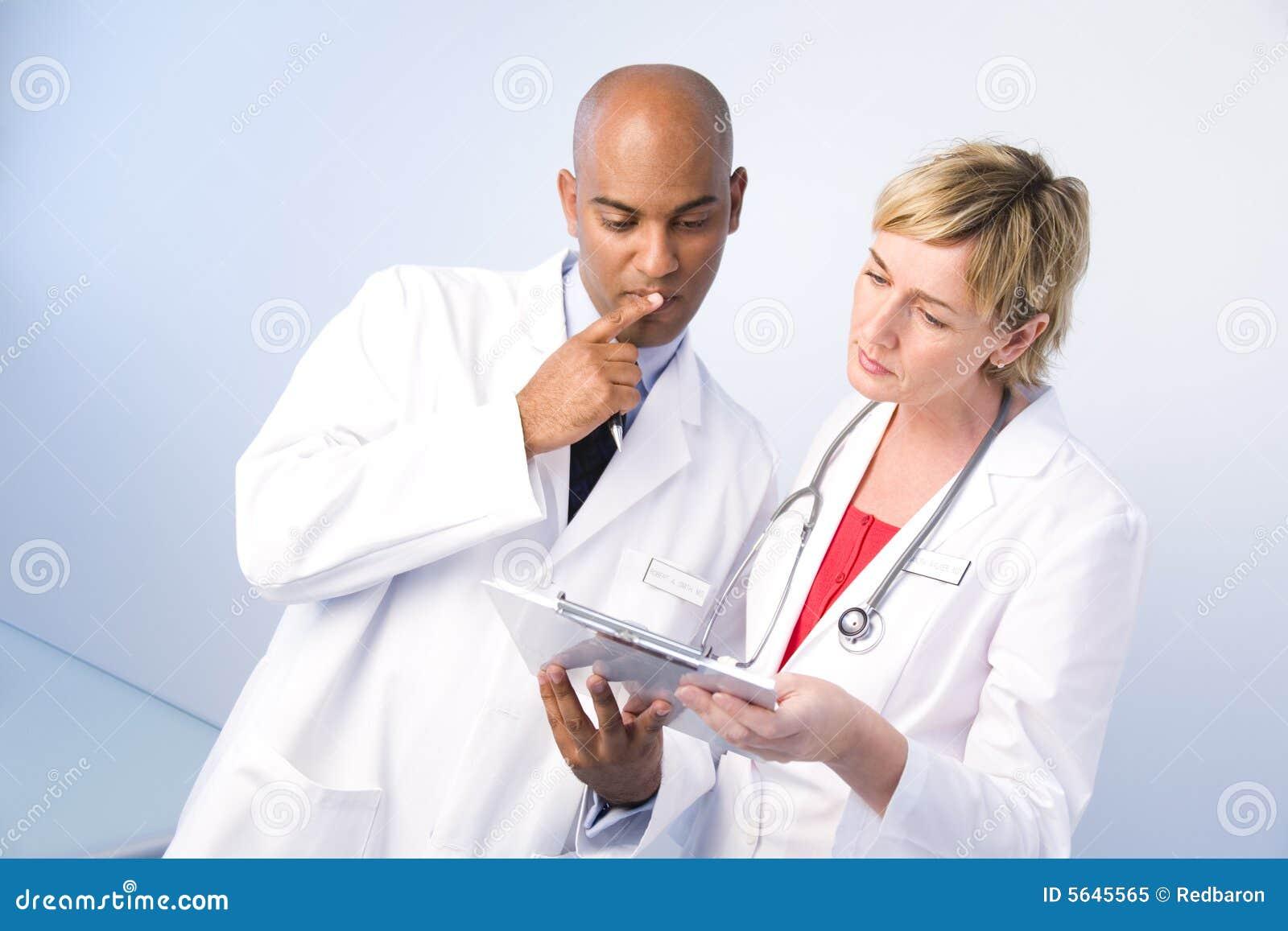 Manläkarekvinna