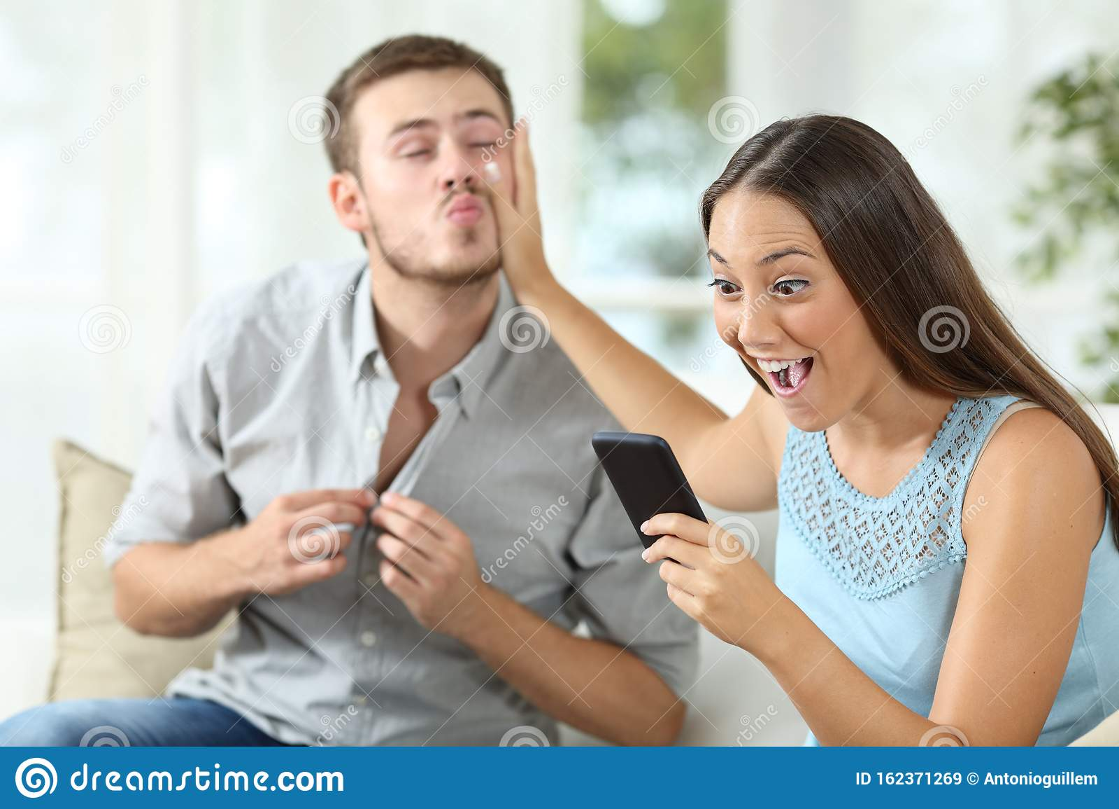 Sex beim Sprechen am Telefon
