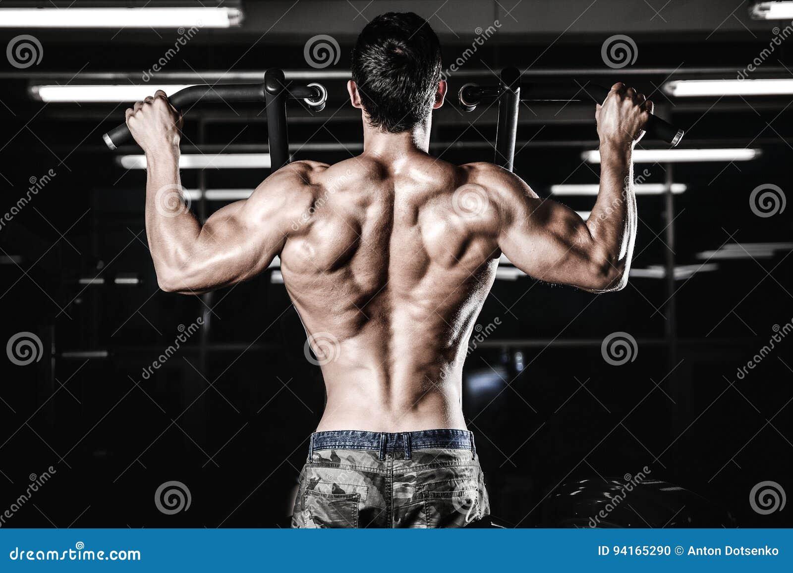Mann-Diättraining Der Hübschen Energie Athletisches, Das Oben ...