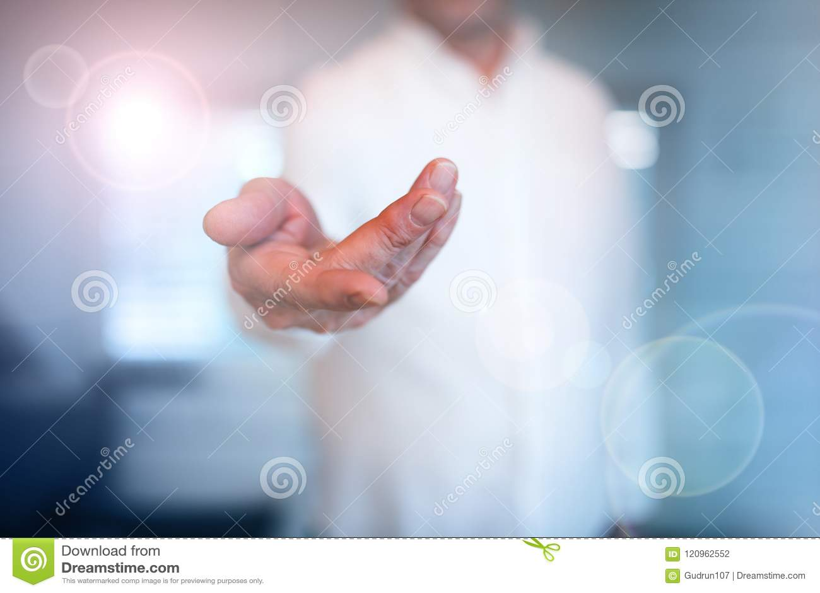 Riesentitten Wichsen Mit Der Hand