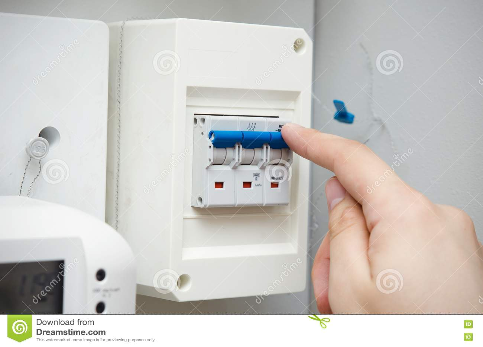 Berühmt Elektrische Wand Schaltet Nach Hause Fotos - Elektrische ...