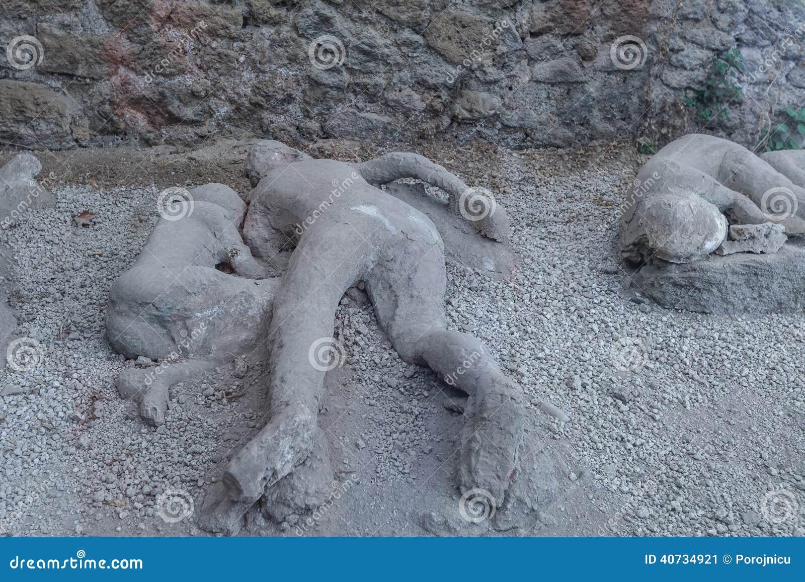 Mann tot in Pompeji stockbild. Bild von römisch, pompeji