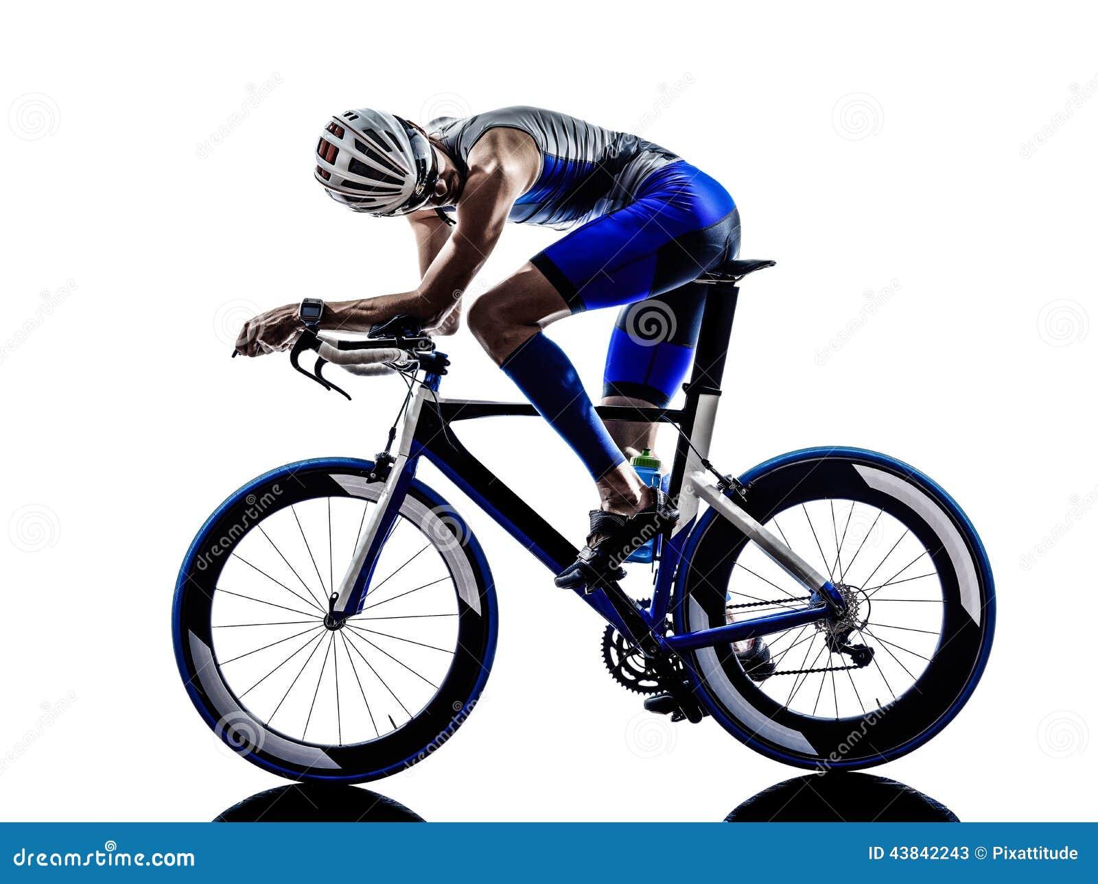 Mann Triathloneisenmannathleten-Radfahrerradfahren