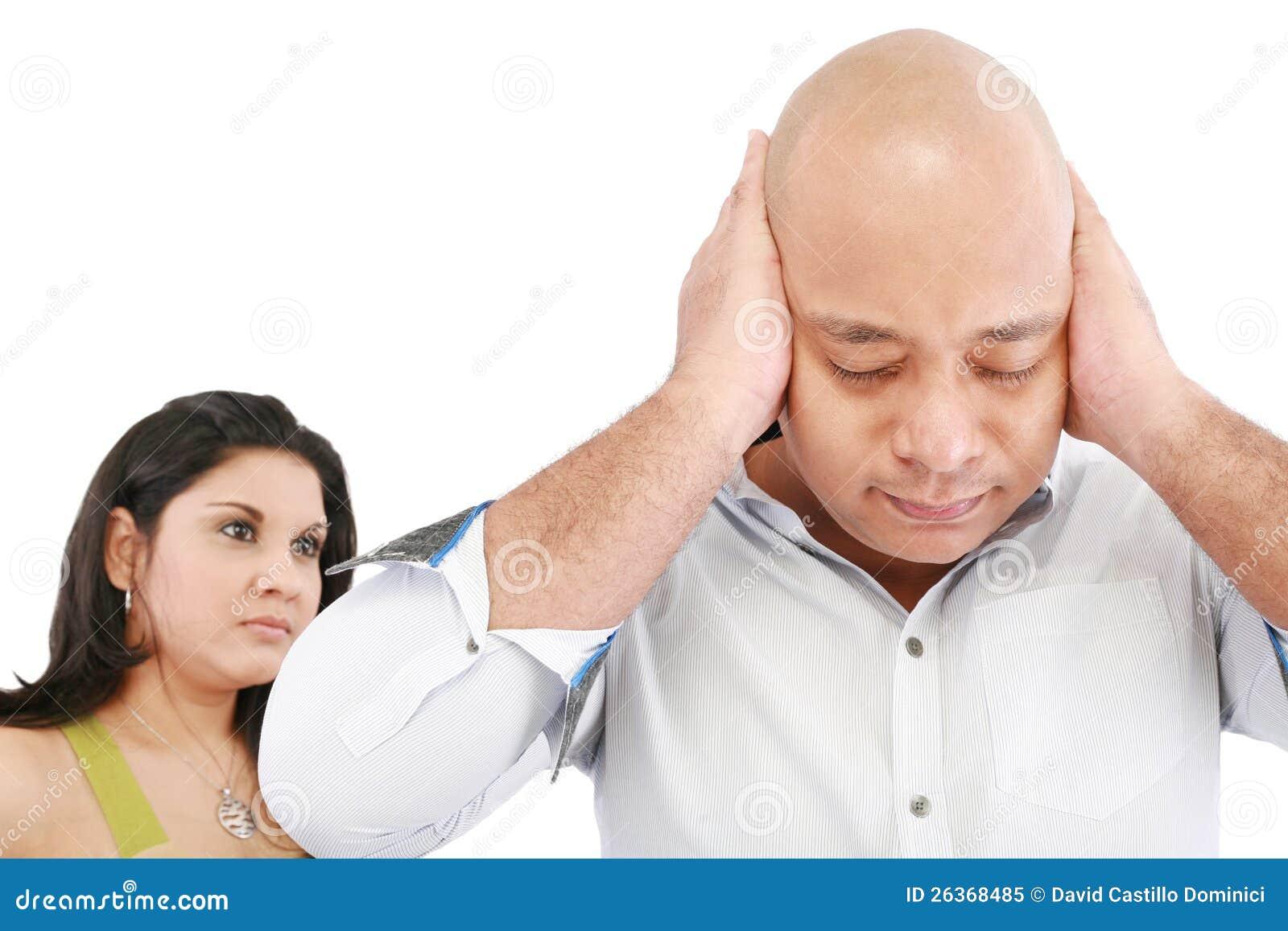Mann und Frau verärgert