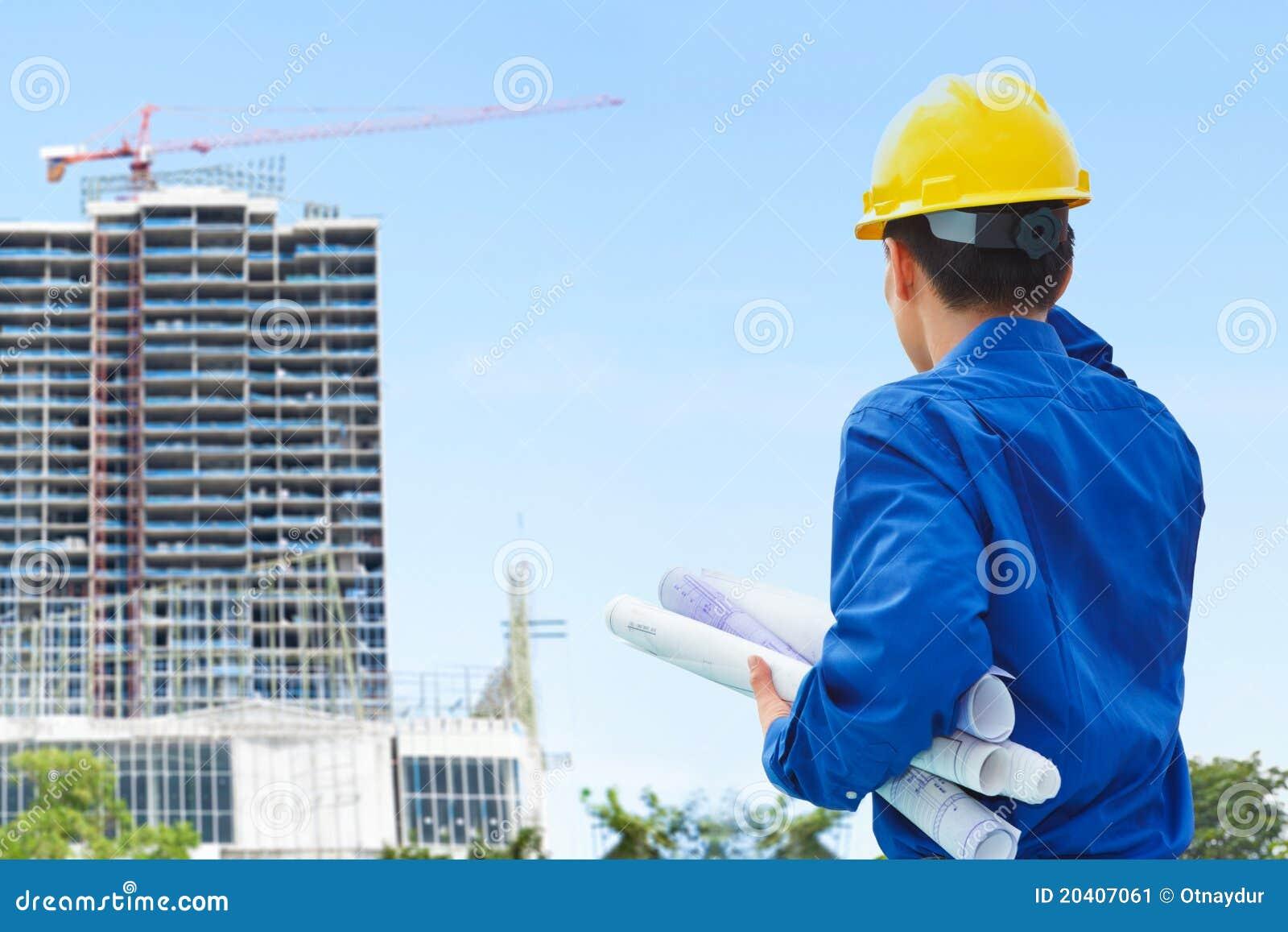 Mannelijke contractant en bulding project