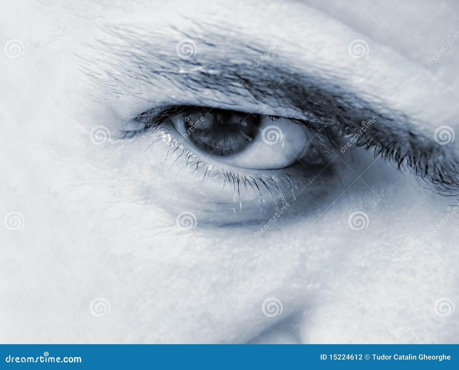 Mannelijke oogclose-up