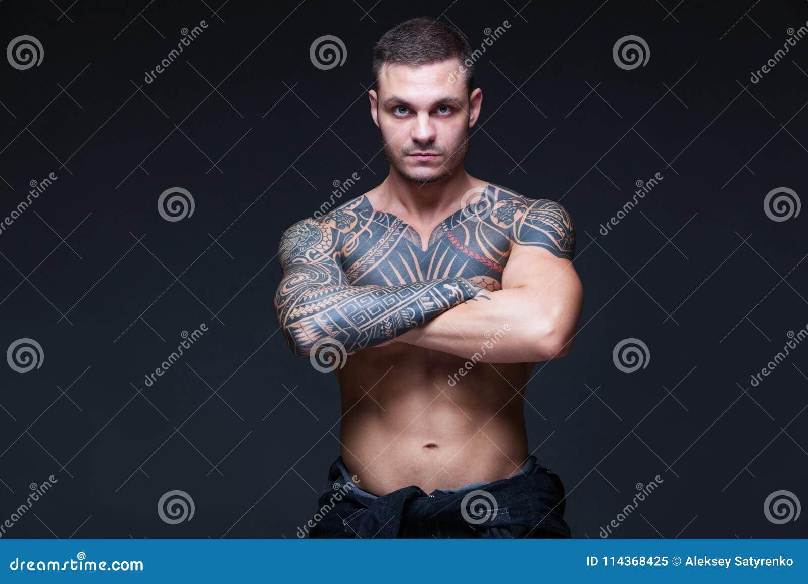 Nakna tatuering flickor