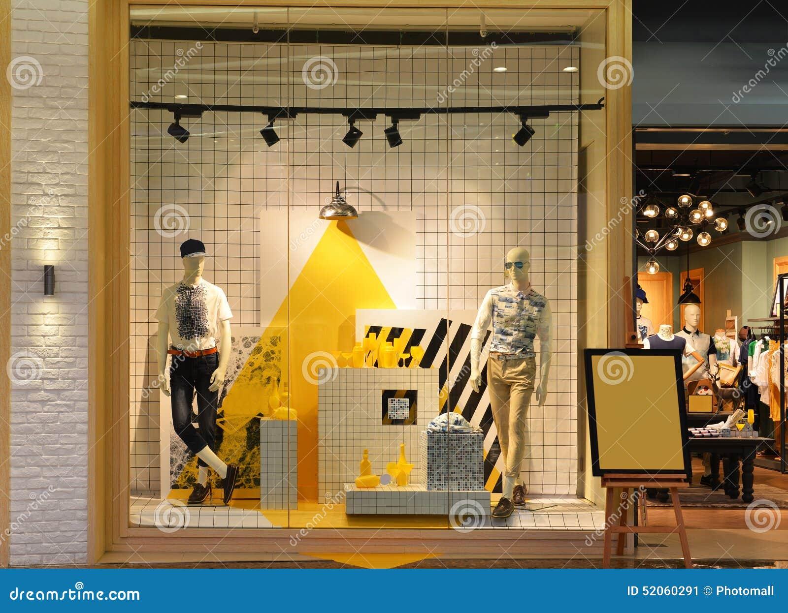 Mannens mode shoppar fönstret