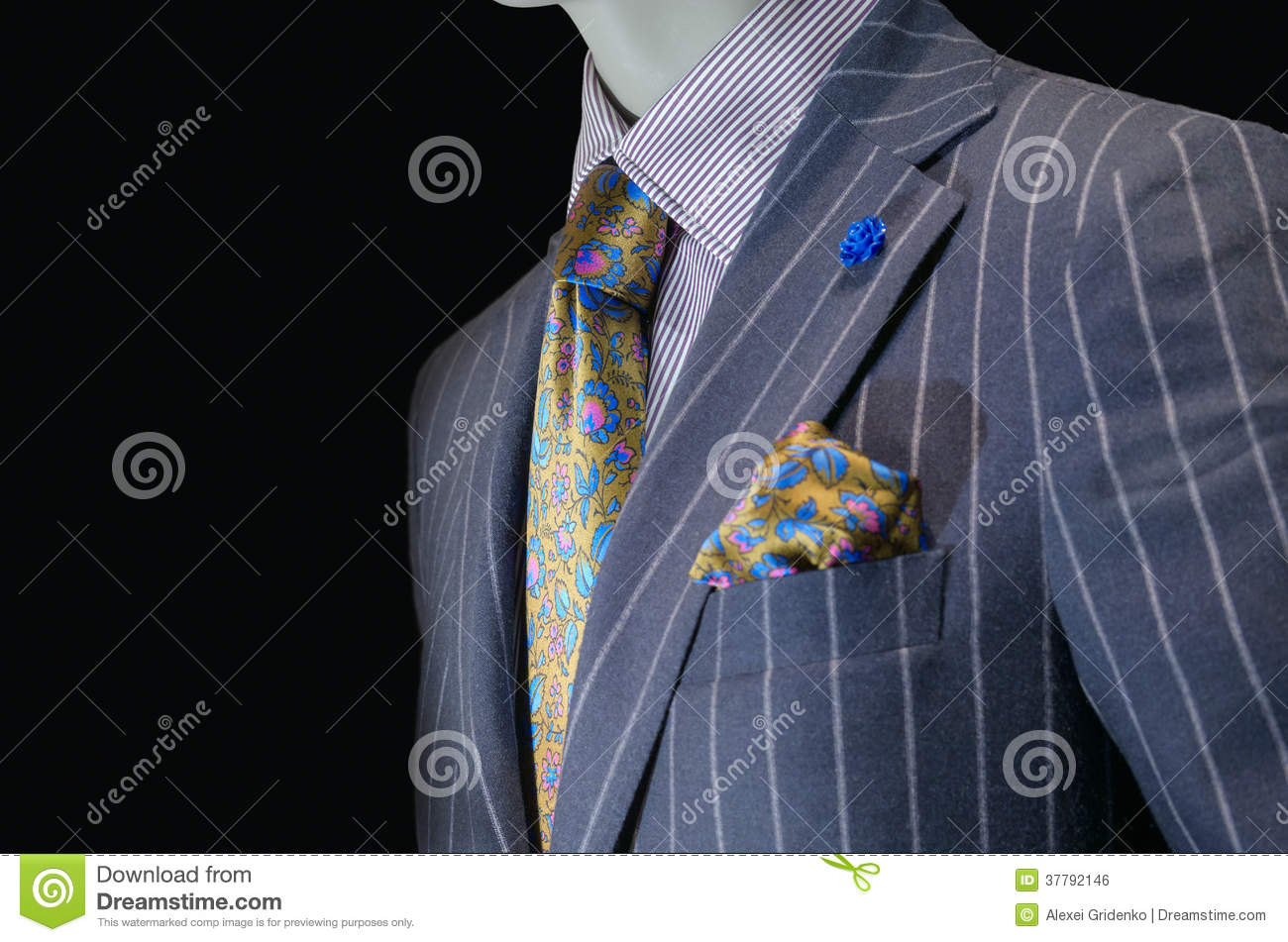 Mannequin in purple striped suit yellow silk tie for Striped tie with striped shirt