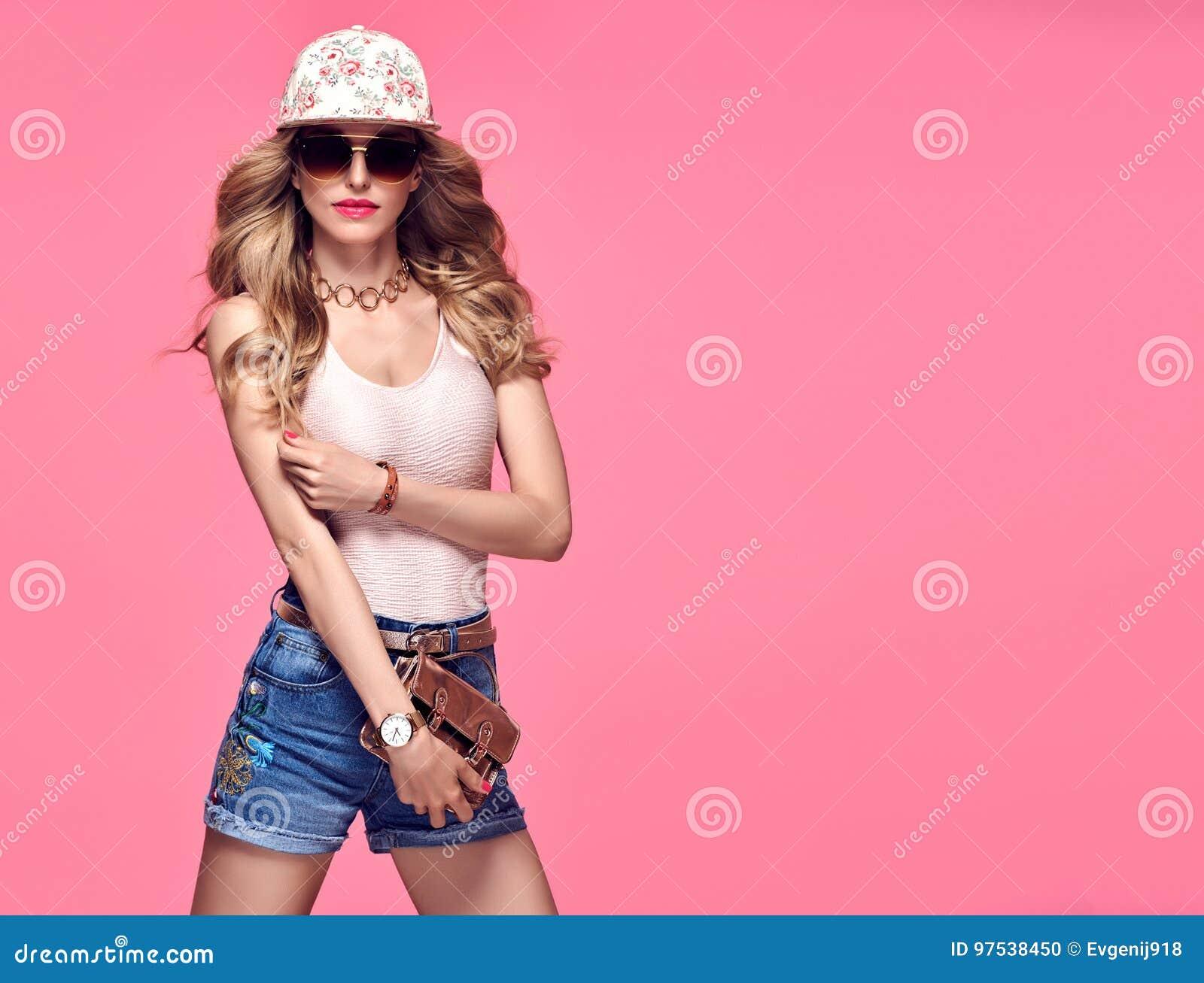 Mannequin Sexy Girl Émotion effrontée folle Rose