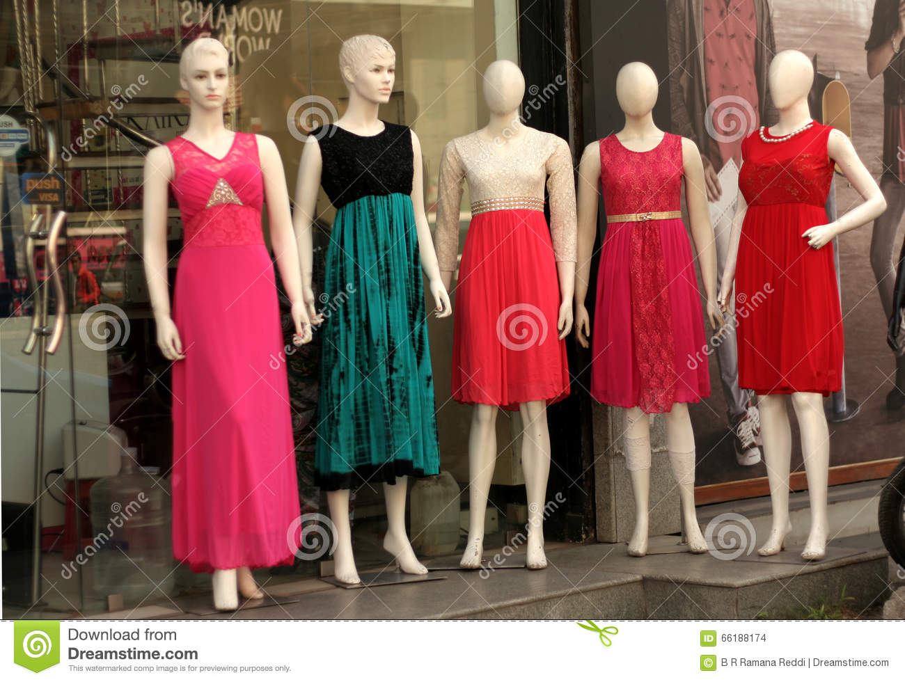 Max clothing store in hyderabad