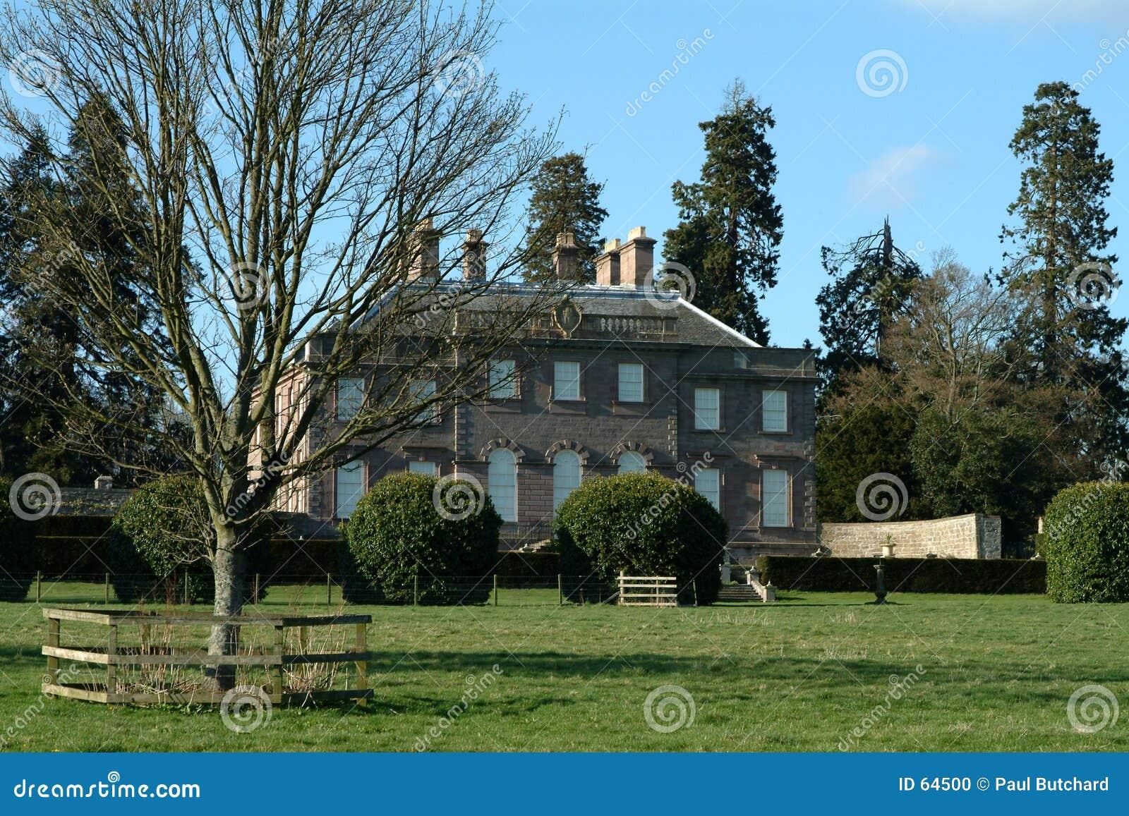 Download Manoir écossais - Montrose, Ecosse Photo stock - Image du fond, jardins: 64500