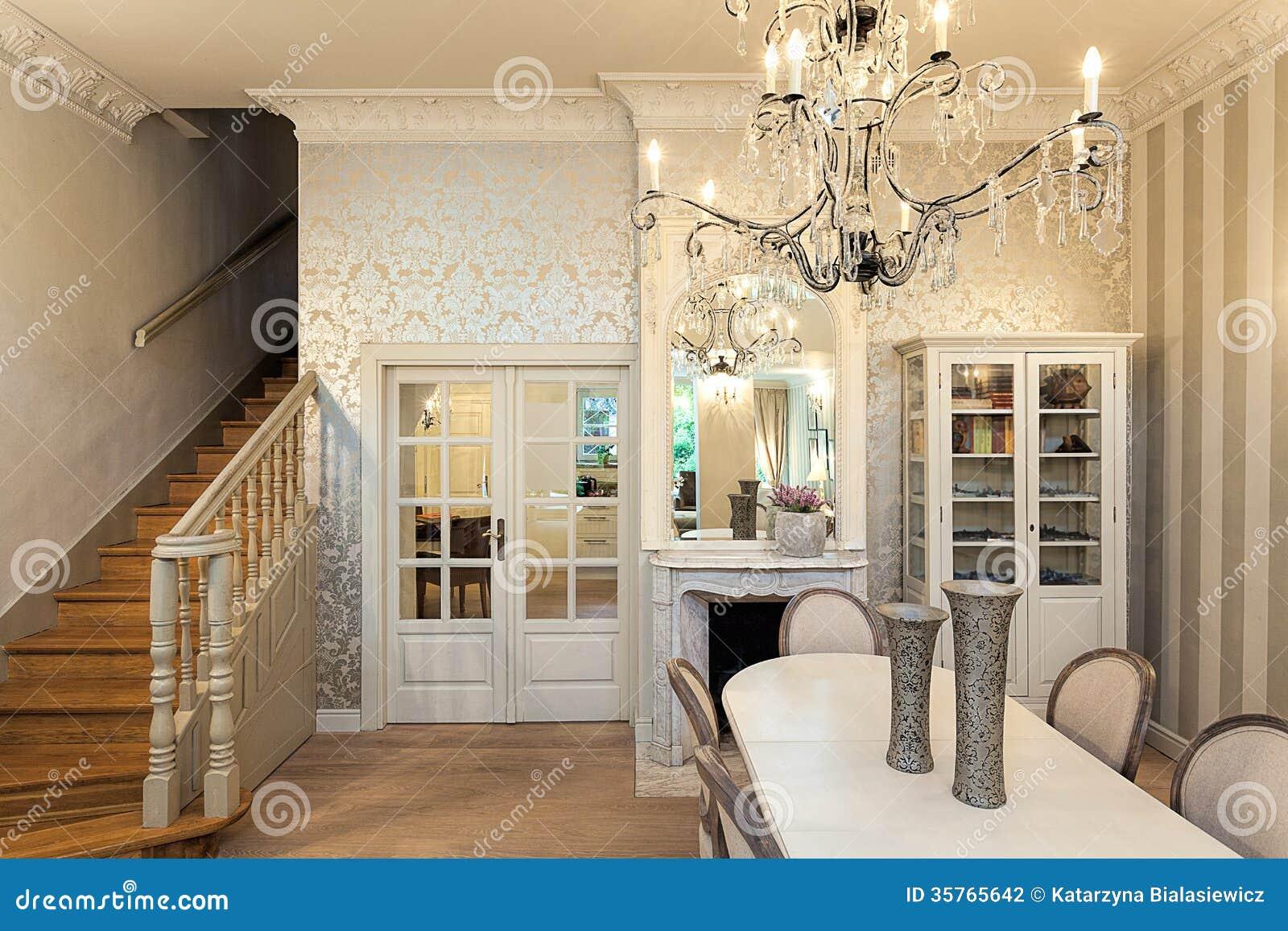 manoir de vintage int rieur luxueux photographie stock image 35765642. Black Bedroom Furniture Sets. Home Design Ideas