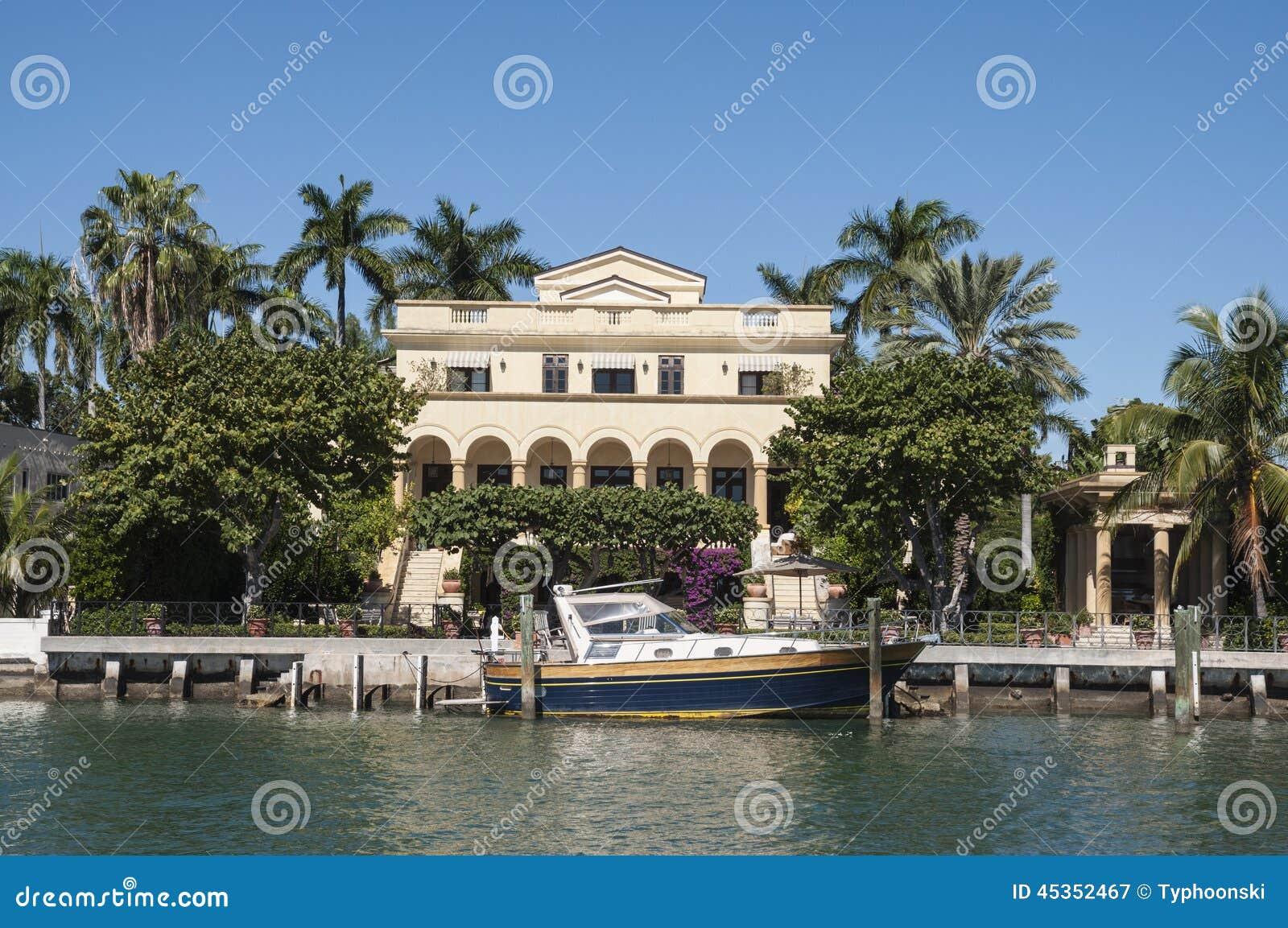 Manoir luxueux sur l île d étoile à Miami