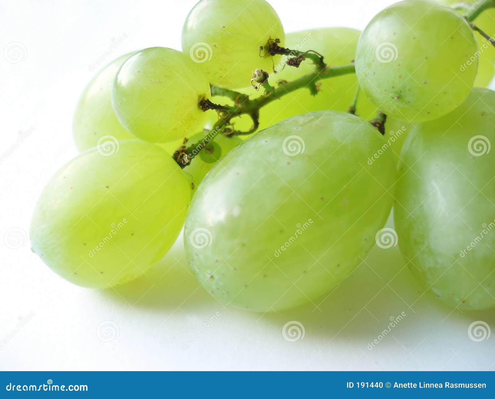 Manojo de uvas verdes
