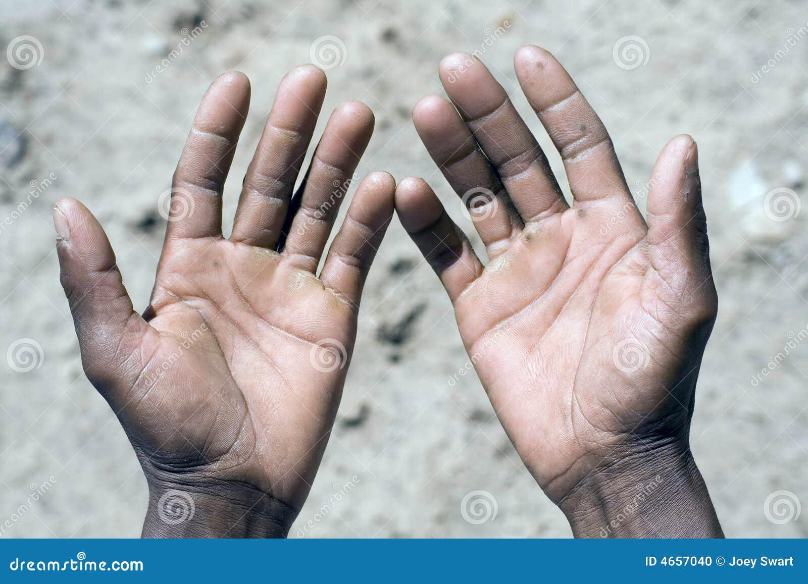 fuera de africano trabajo de mano