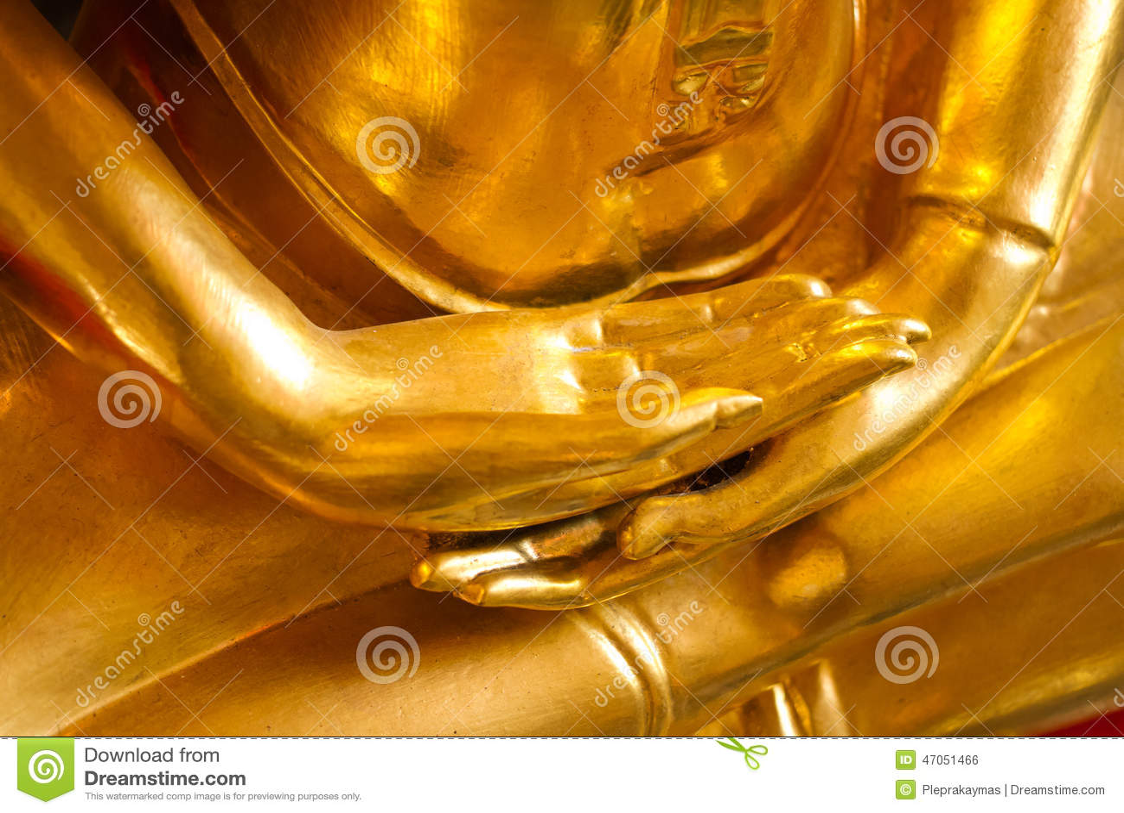 Manos de la estatua de Buda