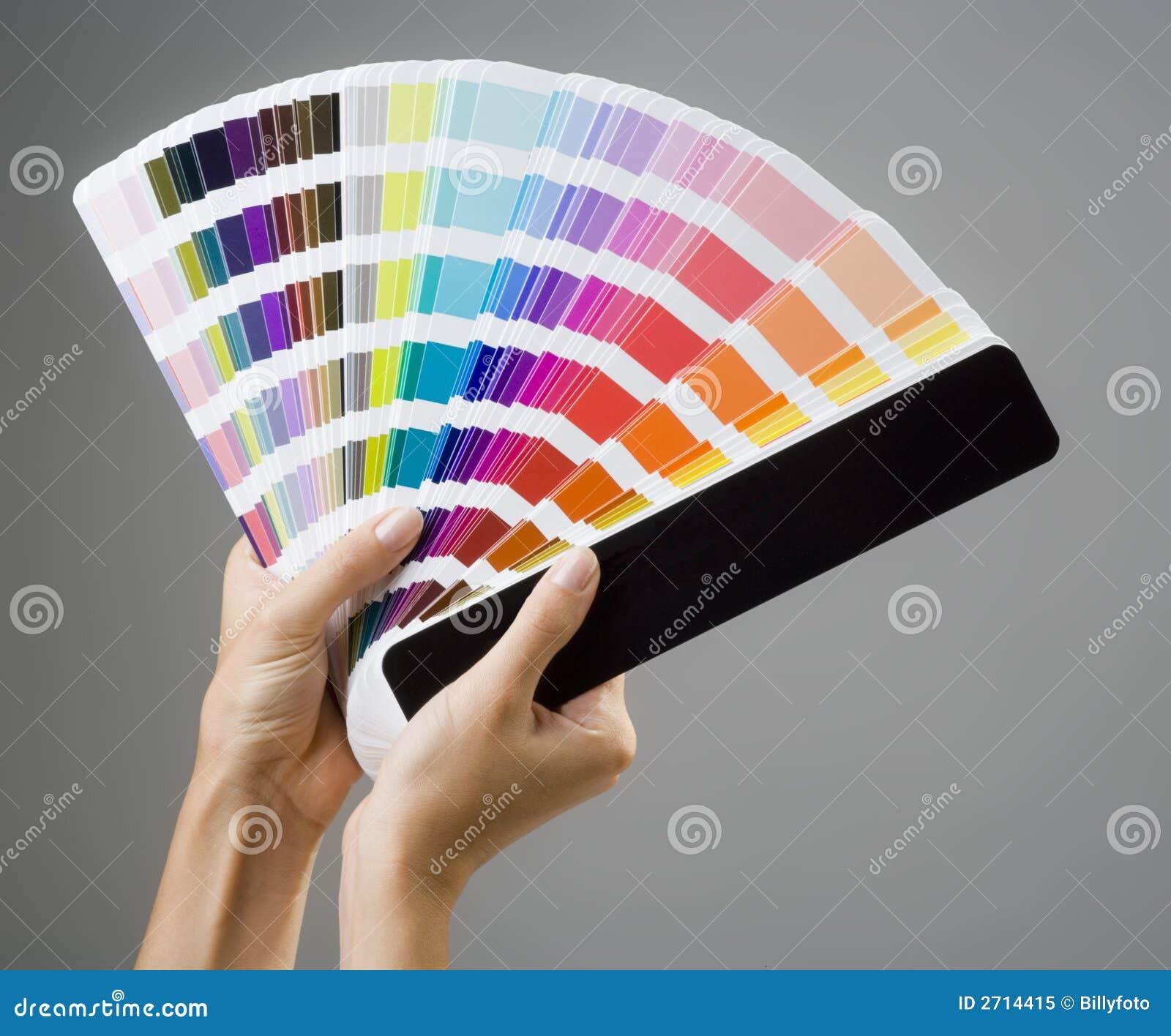 Manos y guía del color