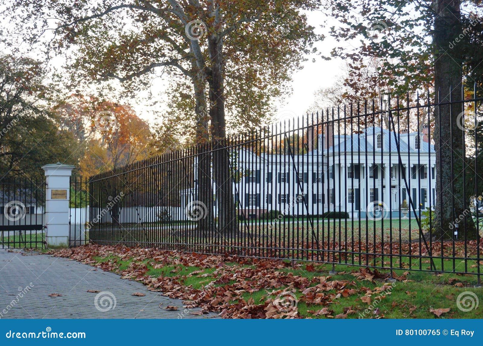 A mansão de Drumthwhacket em Princeton, residência oficial do regulador de New-jersey
