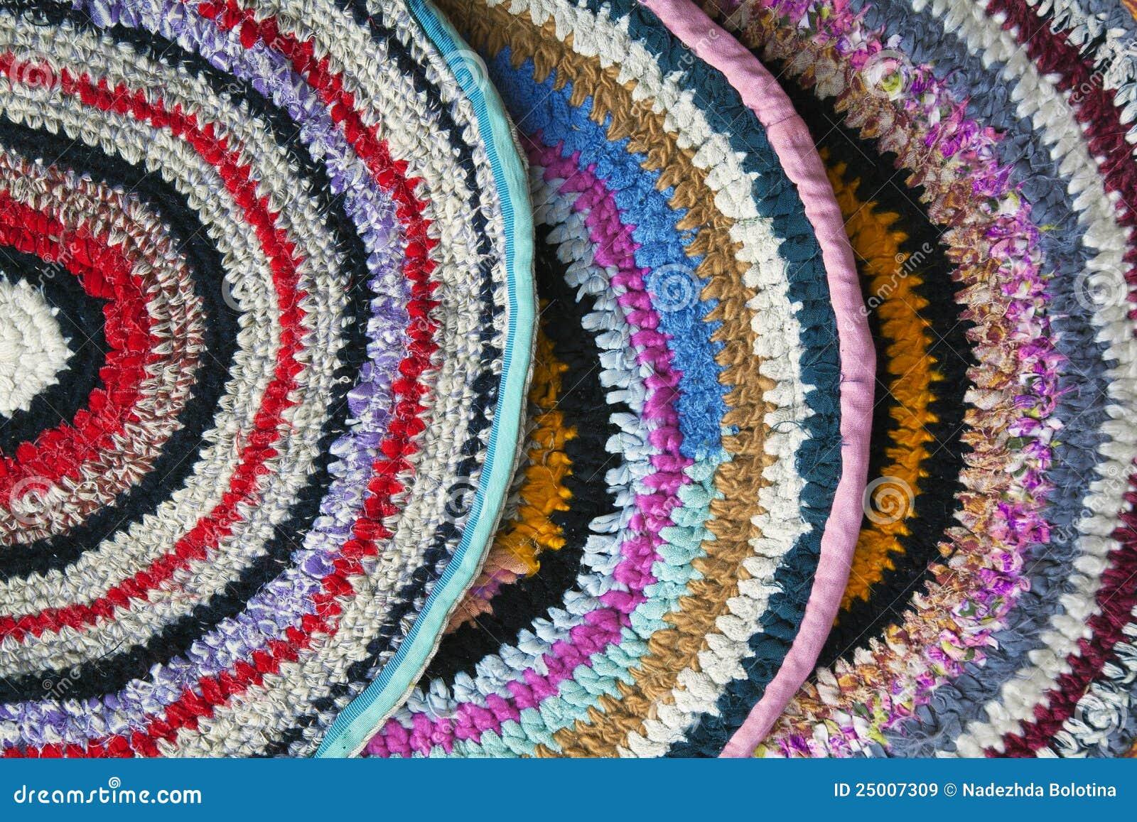 Mantas hechas a mano im genes de archivo libres de for Mantas de lana hechas a mano