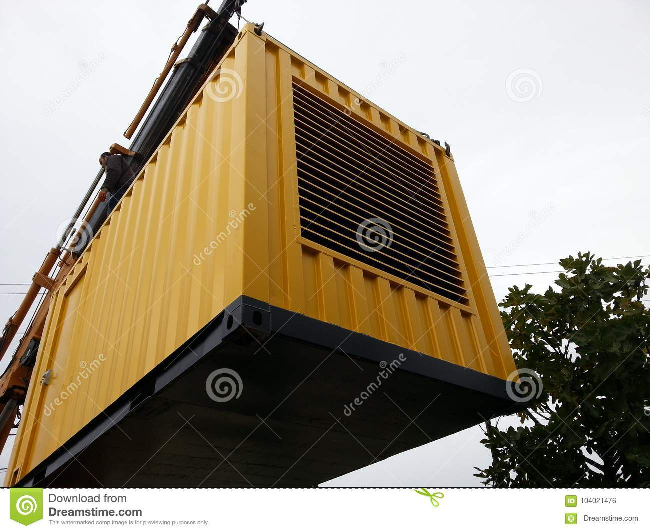 Manufacture of a container for a diesel generator set