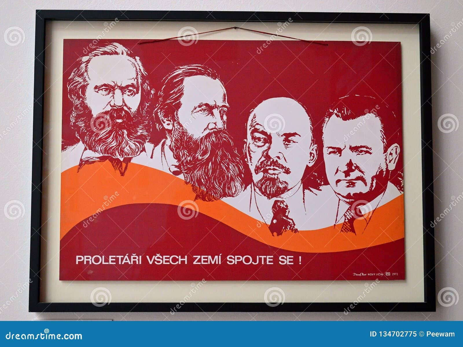 Manufatti comunisti - manifesto comunista di propaganda dei capi - museo Praga