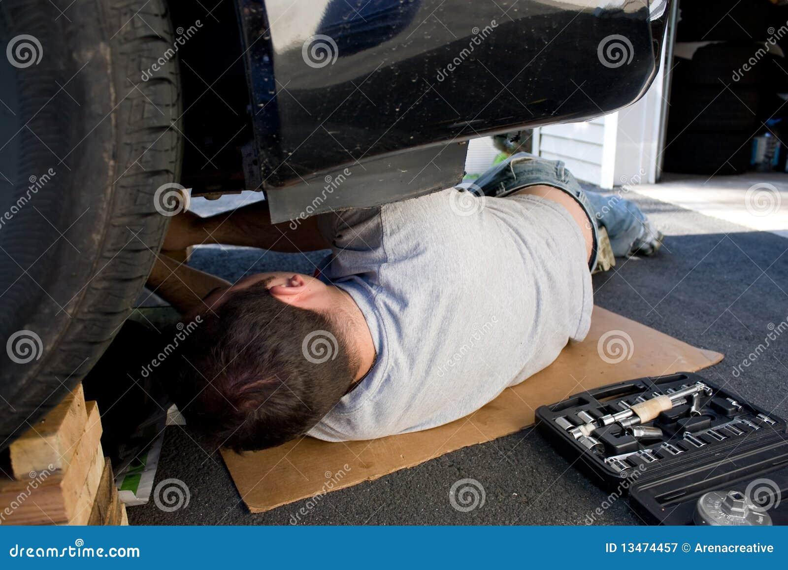 Manutenção e reparos do carro