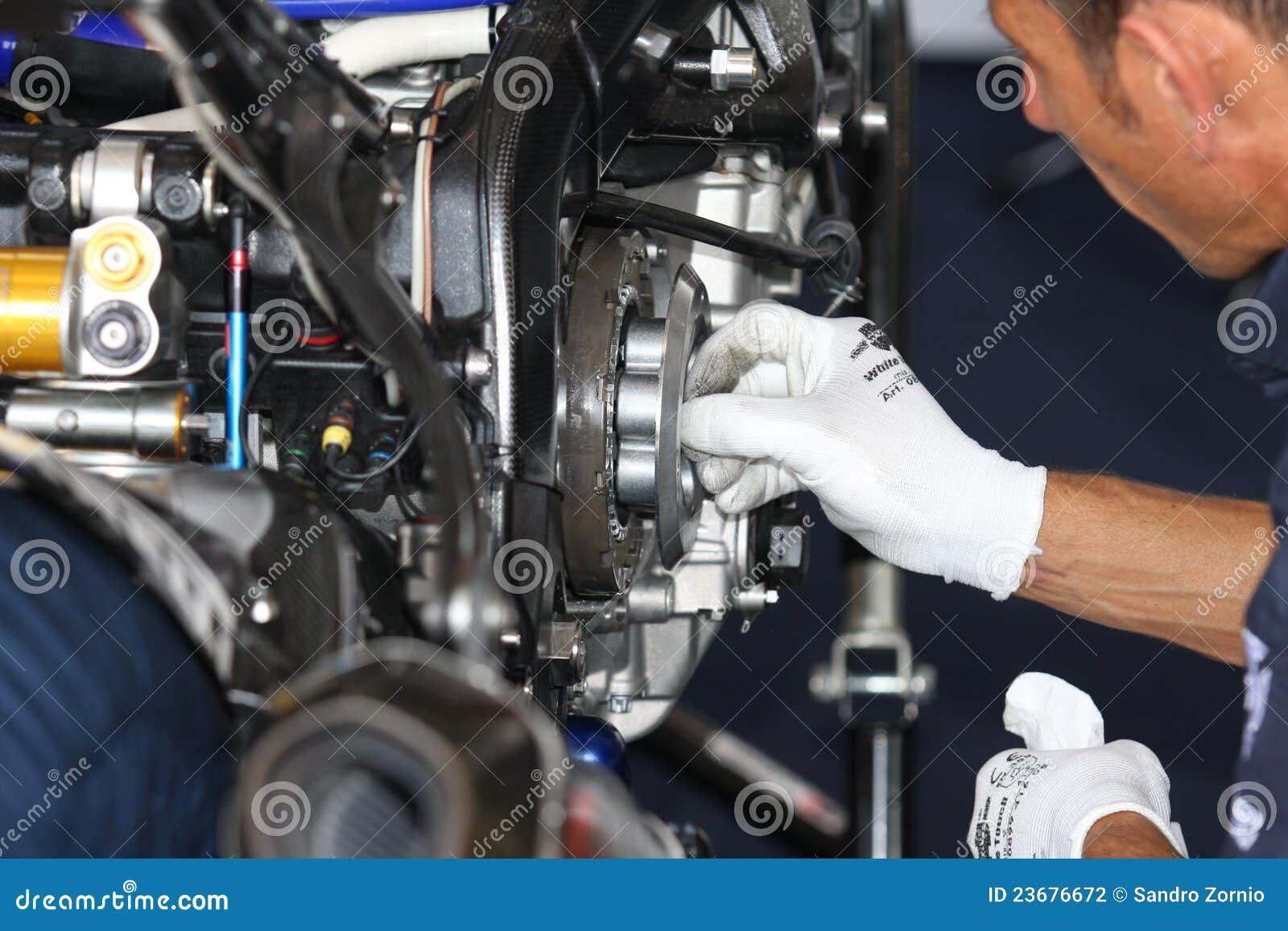 Manutenzione della frizione di BMW S1000 RR SBK