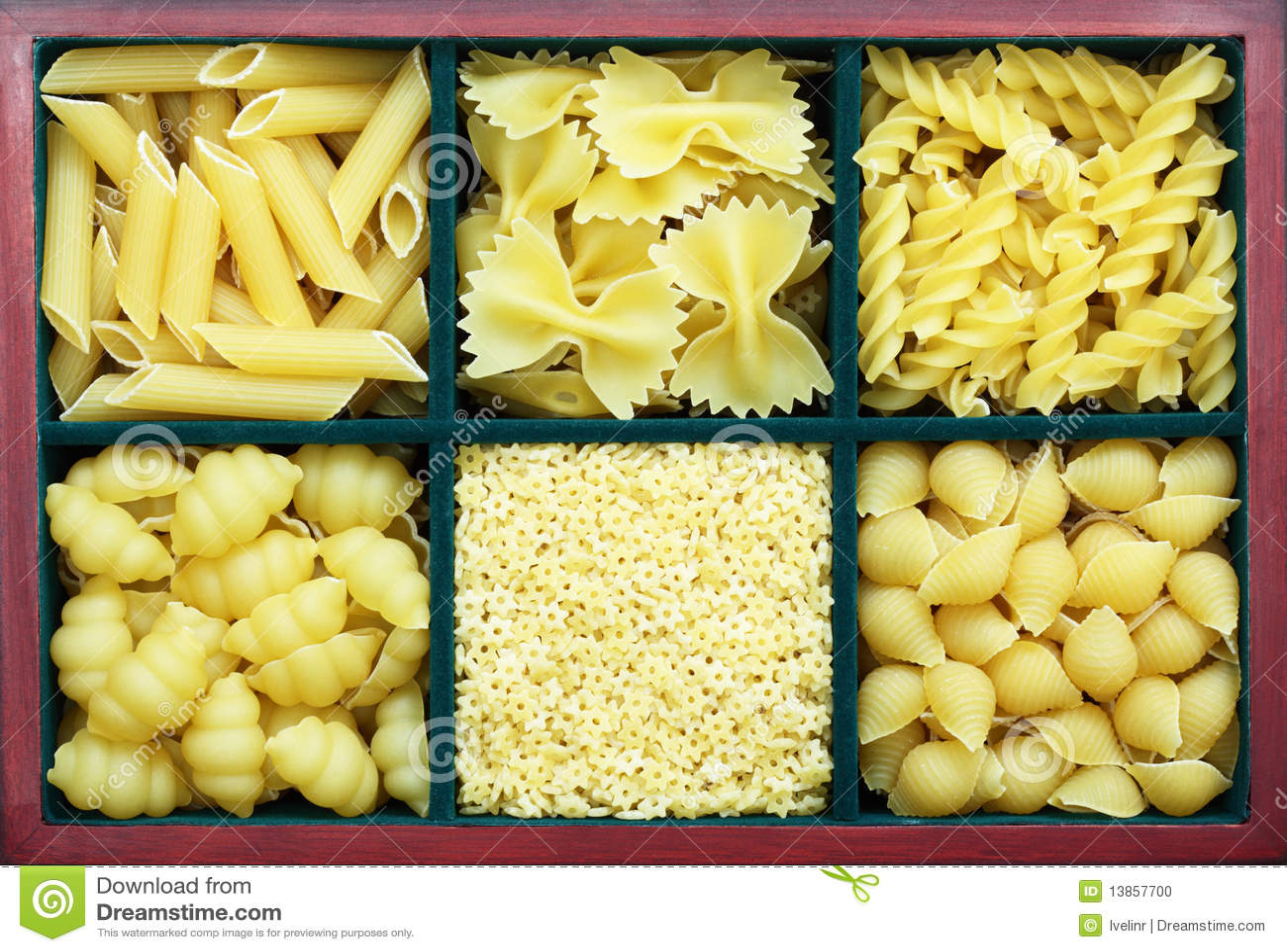 Many types of pasta