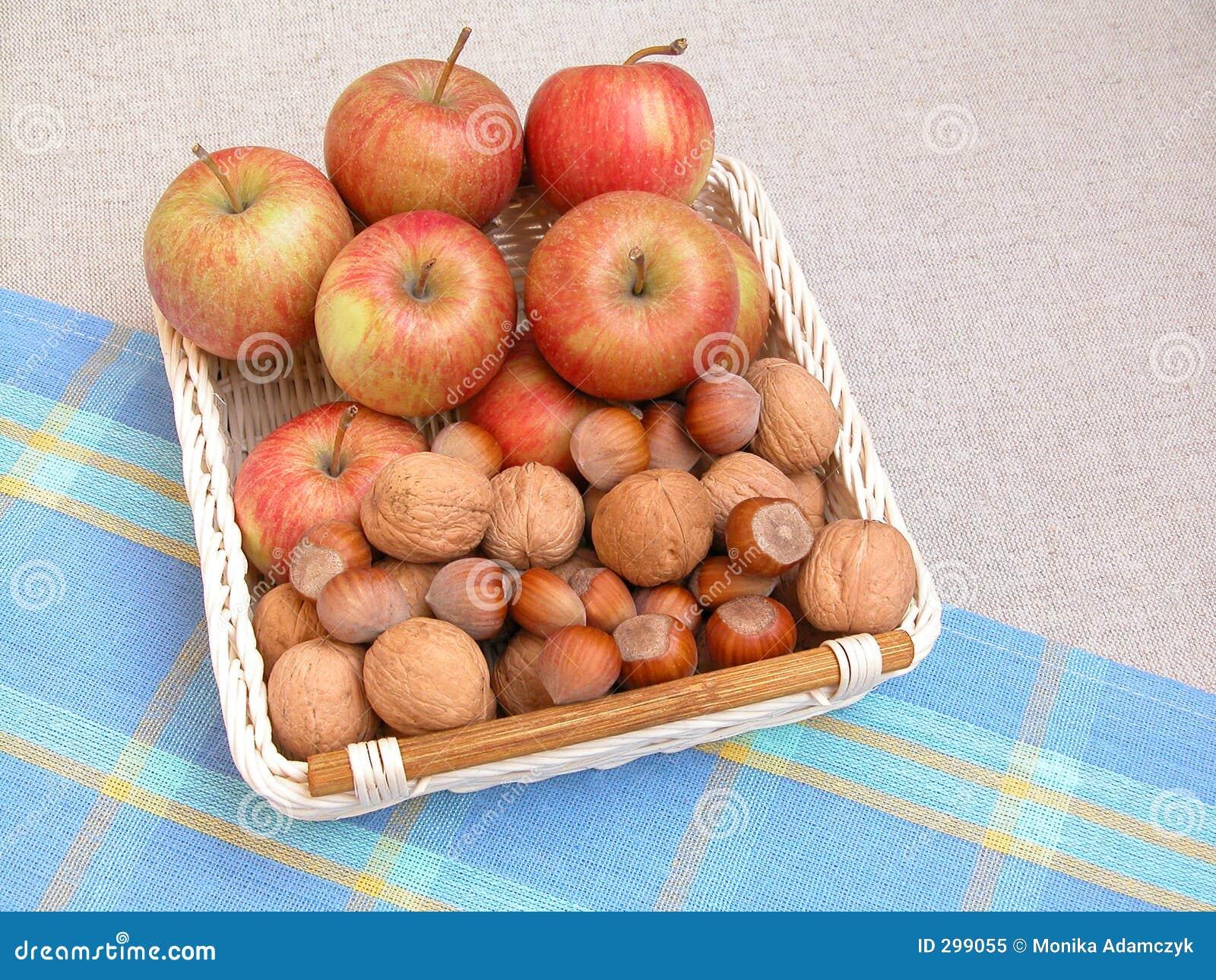 Manzanas y nueces