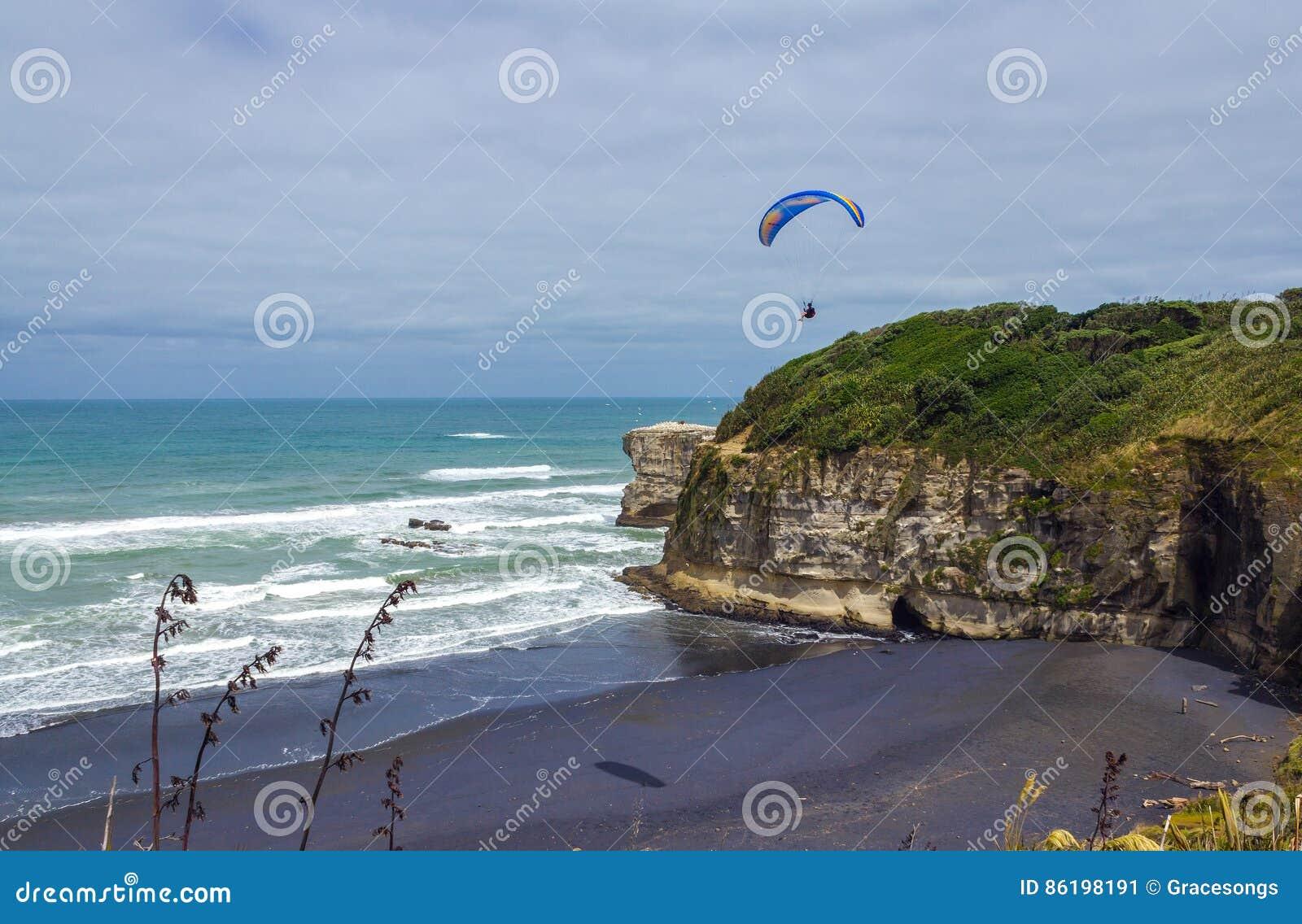 Maori κόλπος - παραλία Ώκλαντ Νέα Ζηλανδία Muriwai