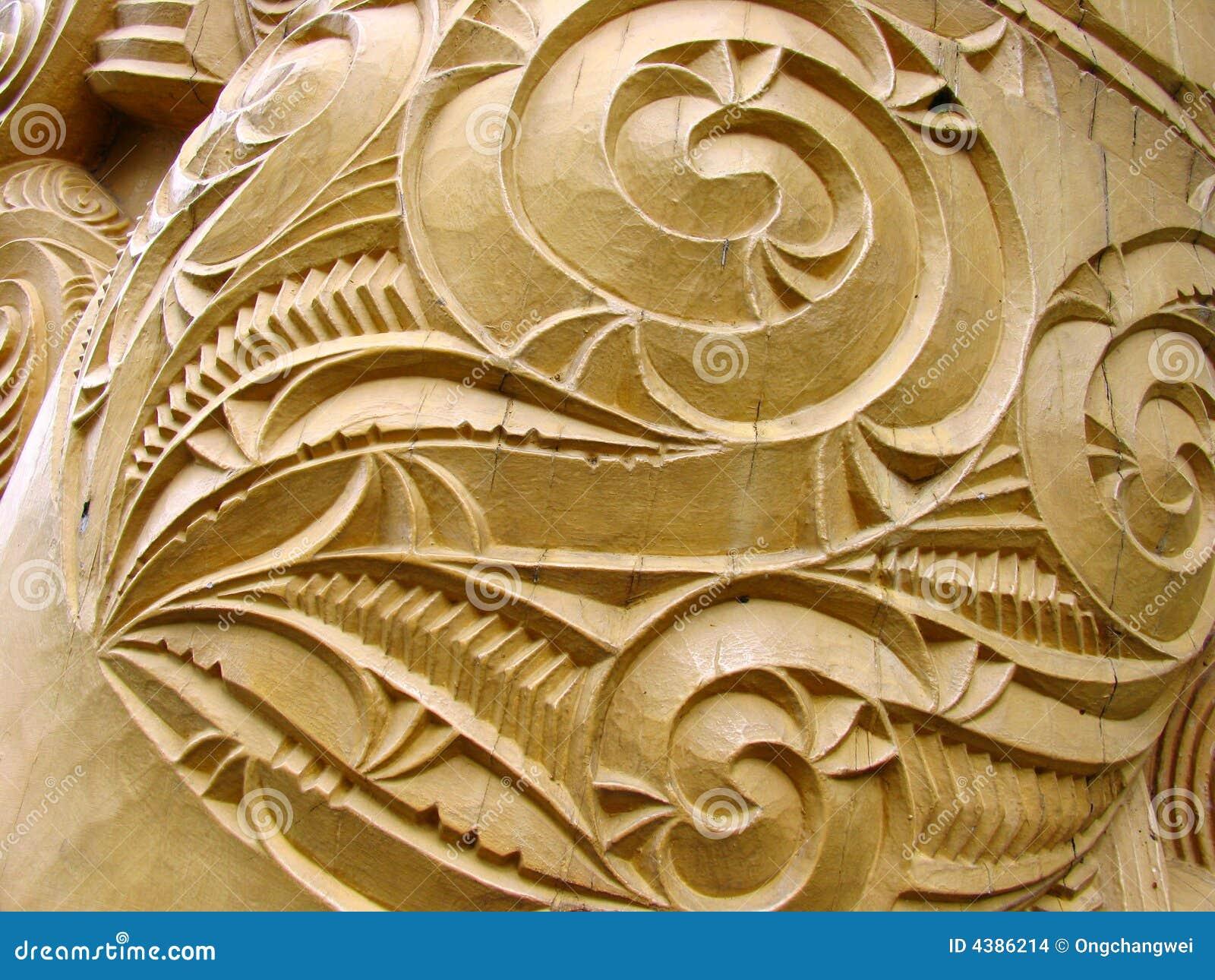 Maori- Skulptur-Kunst