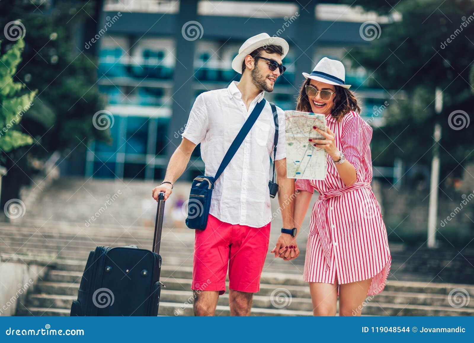Mapa de la ciudad de la lectura de los pares de los viajeros y hotel jovenes el buscar