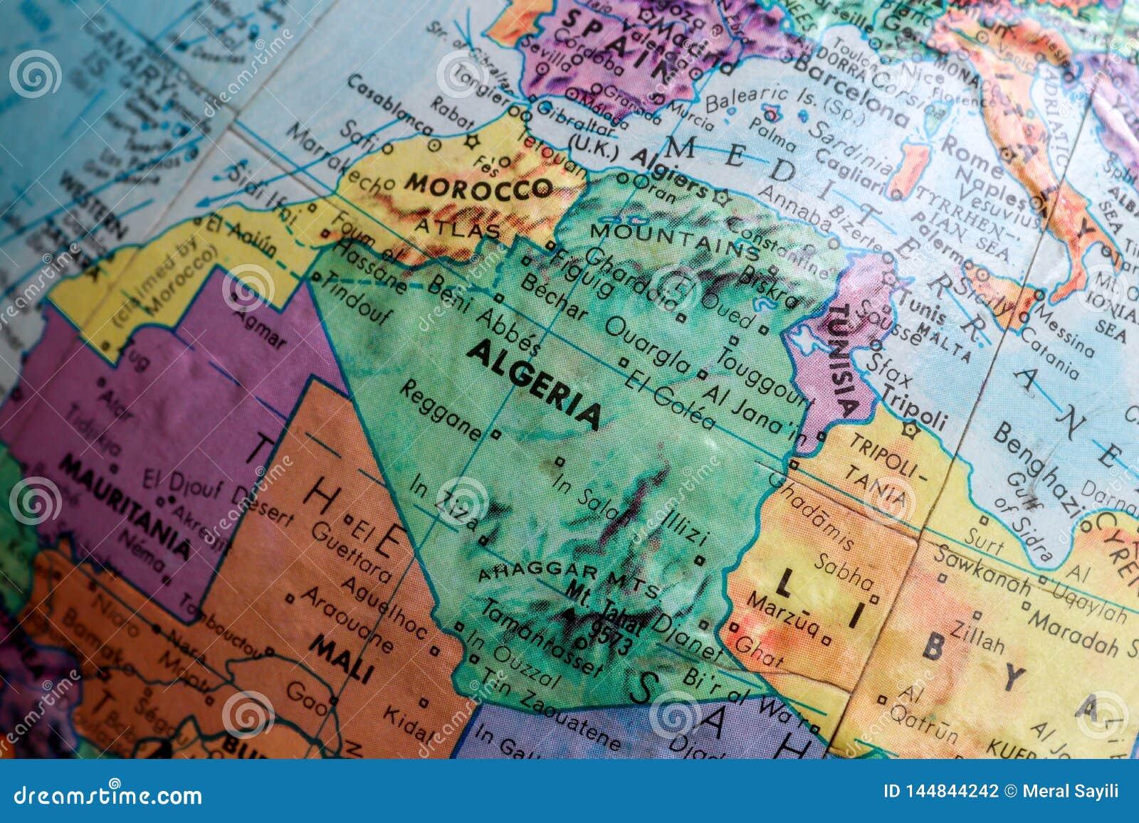 Mapa viejo de la impresión, globo terrestre, África, Marruecos, Argelia