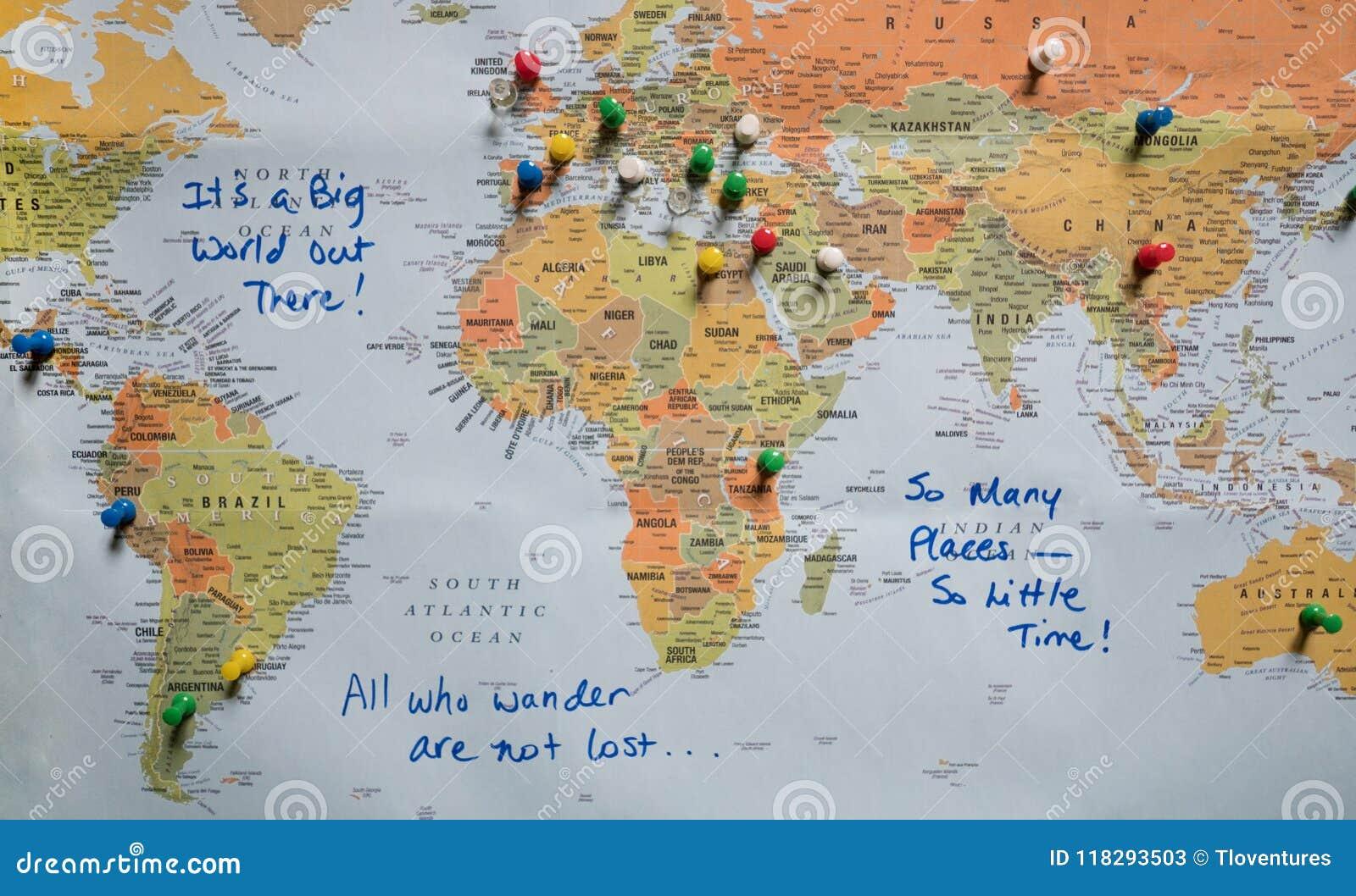 Mappa con i perni di spinta e le citazioni di viaggio