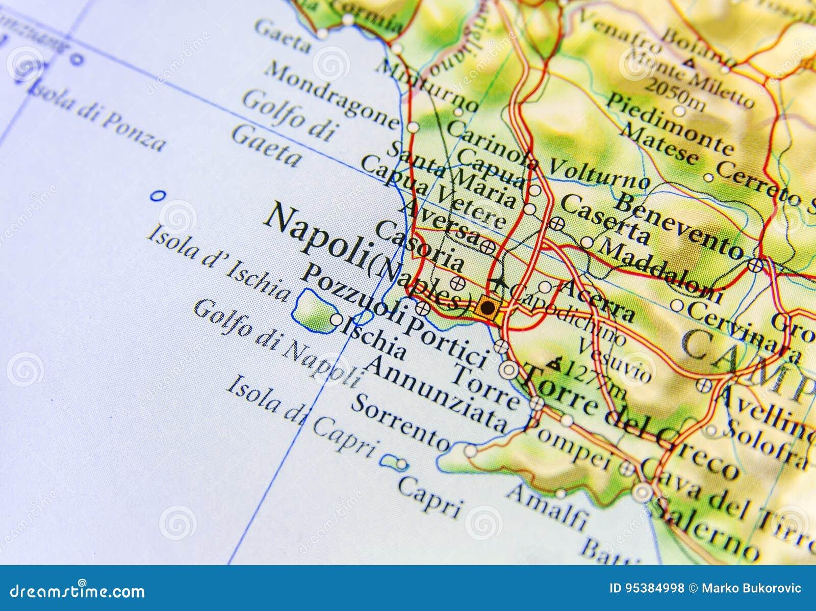 Cartina Stradale Di Napoli Citta.Mappa Geografica Di Paese Europeo Italia Con La Citta Di Napoli Fotografia Stock Immagine Di Nearsighted Cartografico 95384998