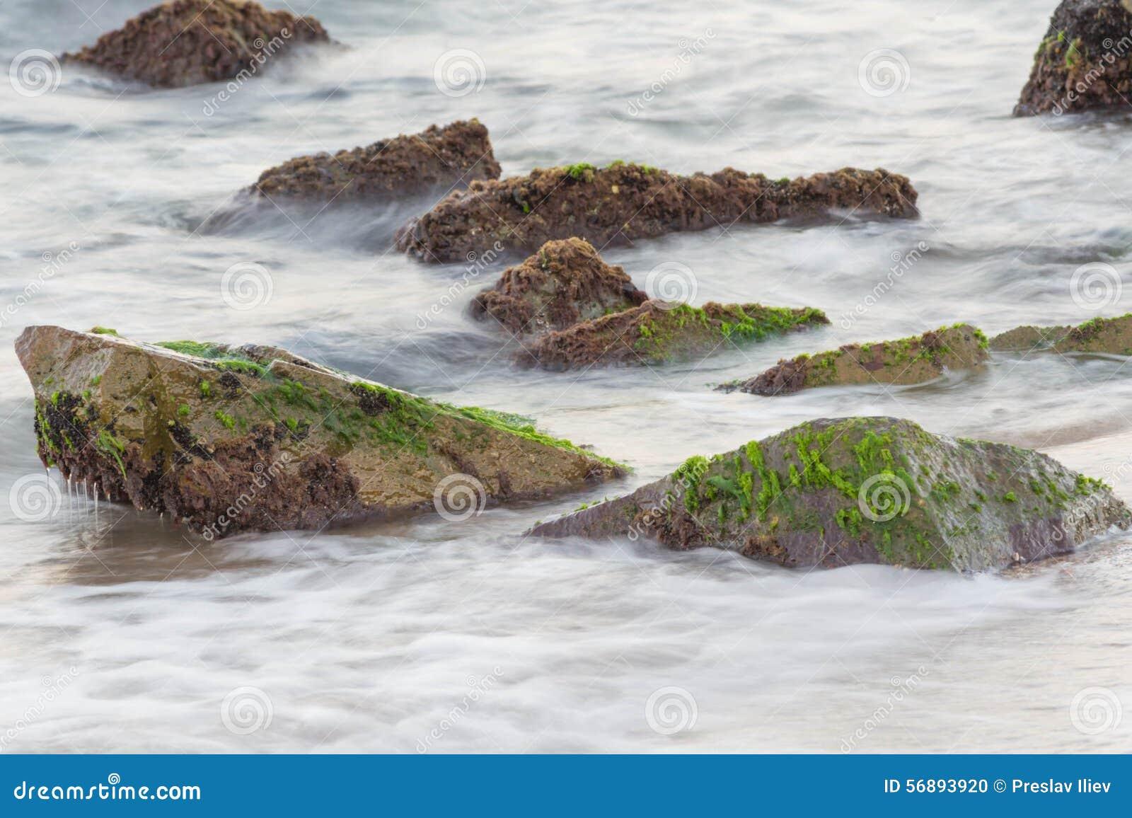 Mar con las rocas