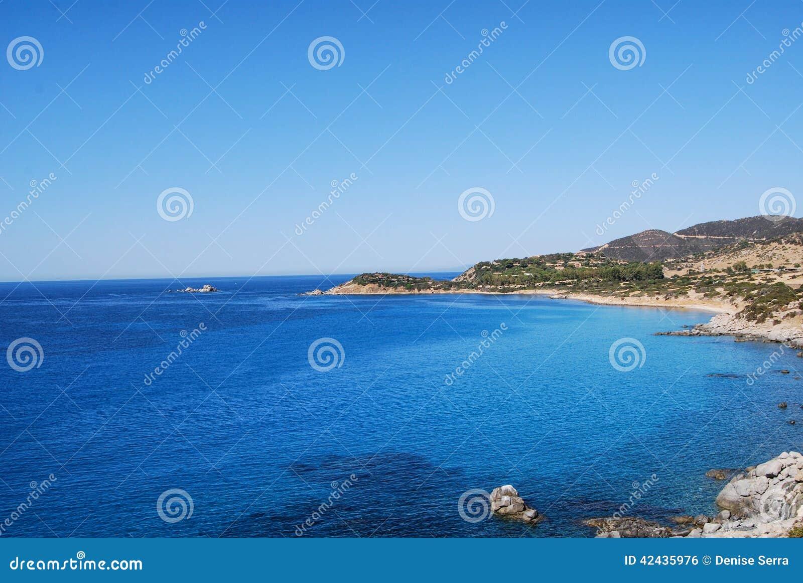Mar de Villasimius, en Cerdeña, Italia