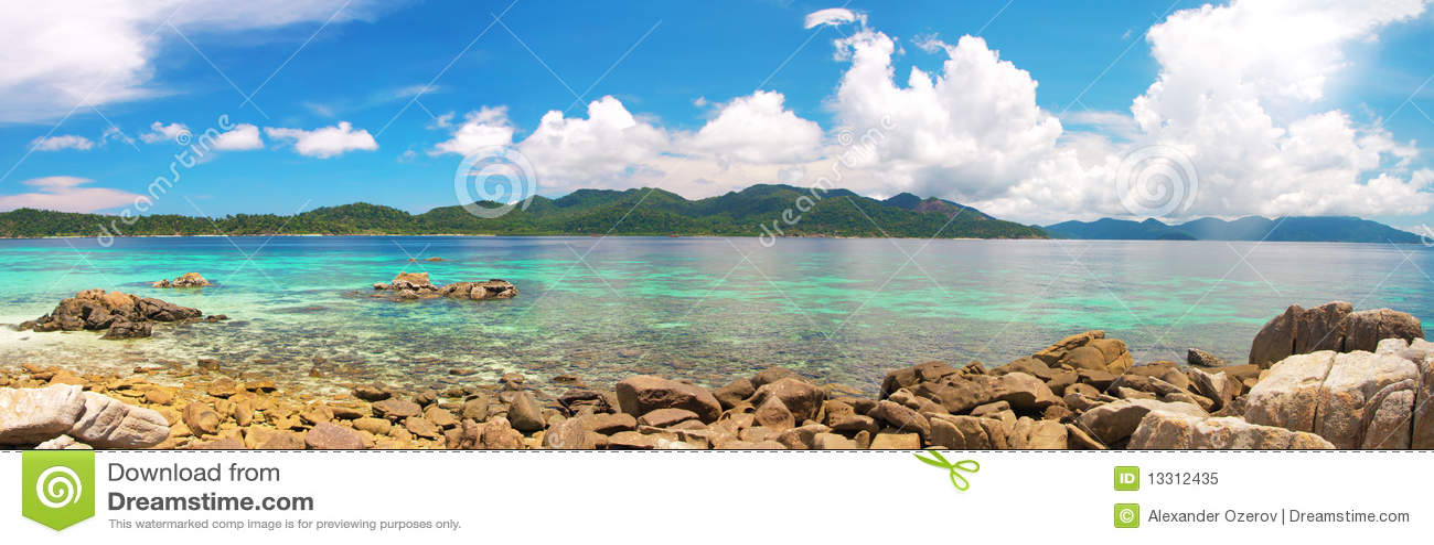 Mar tropical bonito