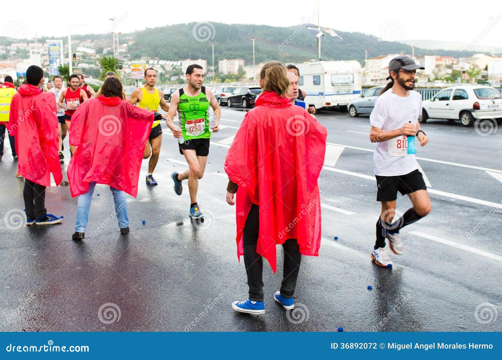 Download Maratona urbana fotografia editoriale. Immagine di spain - 36892072