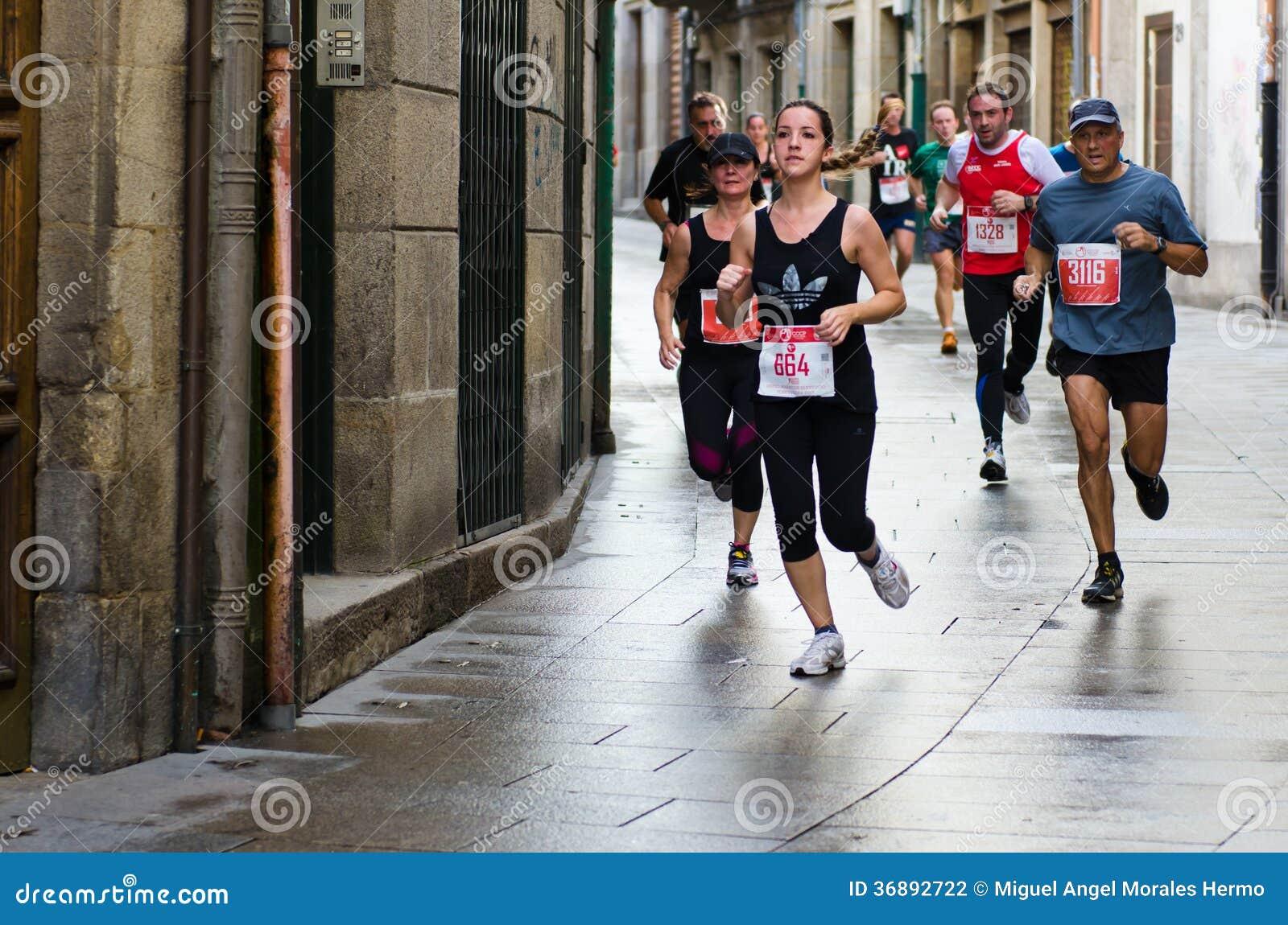 Download Maratona urbana fotografia editoriale. Immagine di spain - 36892722