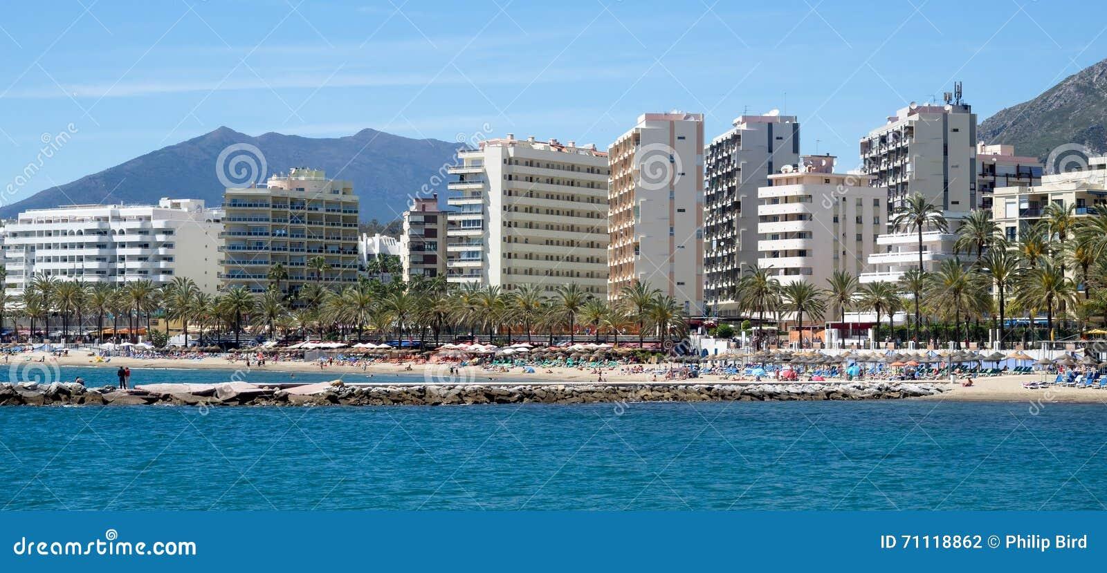 MARBELLA ANDALUCIA/SPAIN - MAJ 4: Sikt av sjösidan på Marb