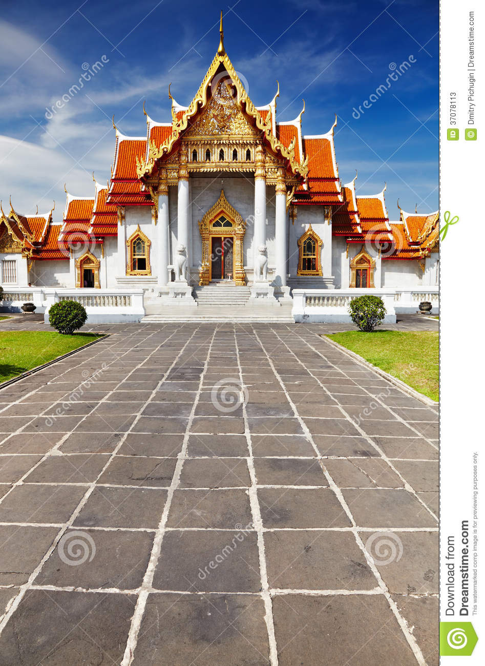 Marble temple in bangkok stock photos image 37078113 for Wat architecture