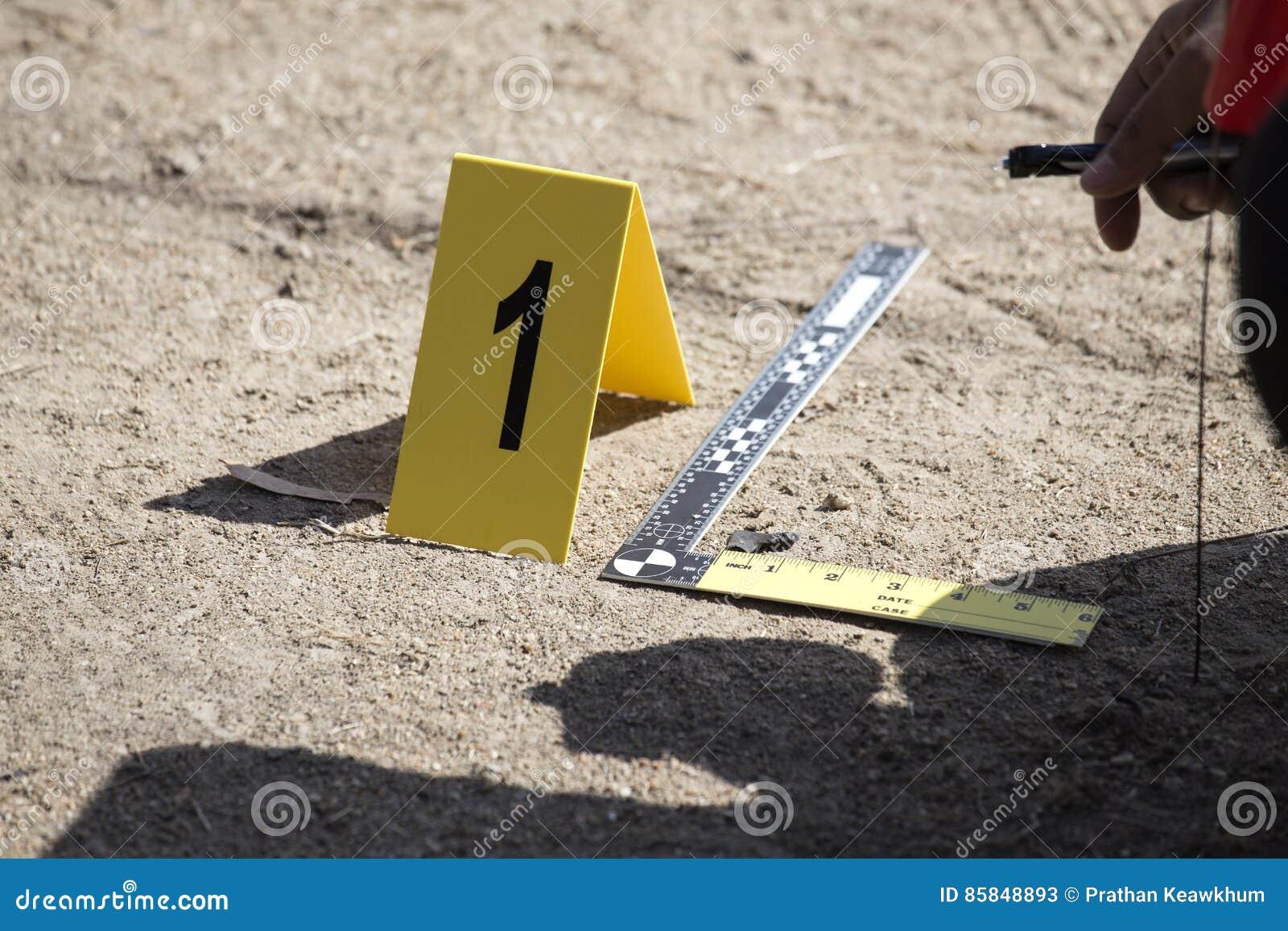 Marcador da evidência e escala da régua da evidência com enforcemen da lei