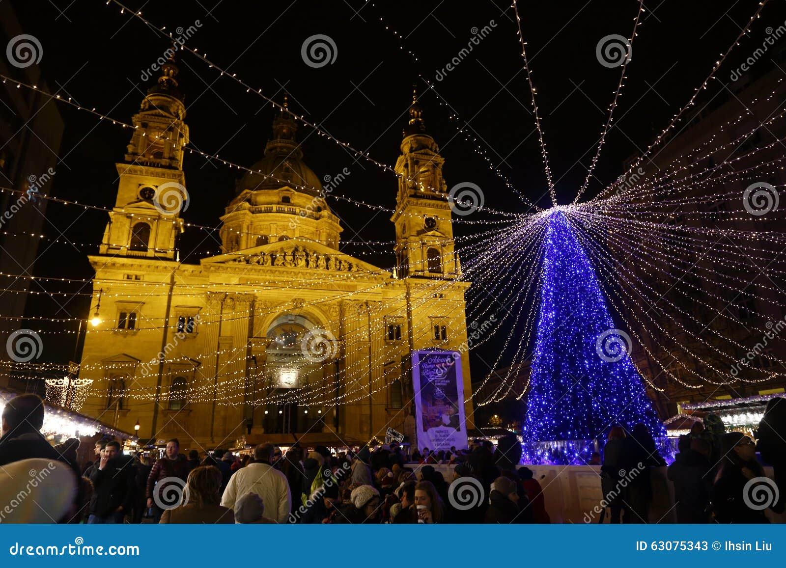 Download Marché De Noël à Budapest, Hongrie, 2015 Photo stock éditorial - Image du coloré, ville: 63075343