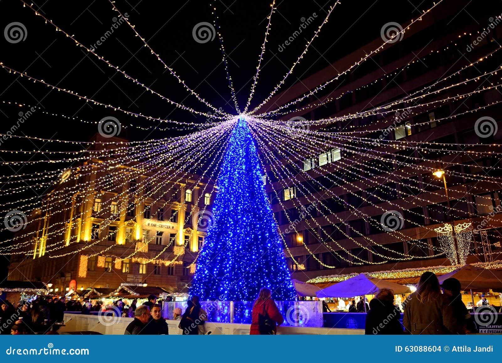 Download Marché De Noël, Budapest, Hongrie Image stock éditorial - Image du saint, juif: 63088604