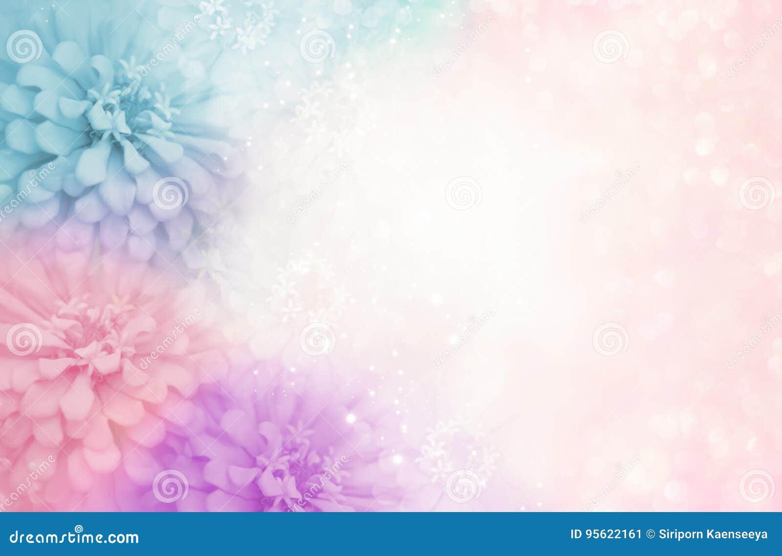Marco Azul Púrpura De La Flor Del Rosa En Colores Pastel